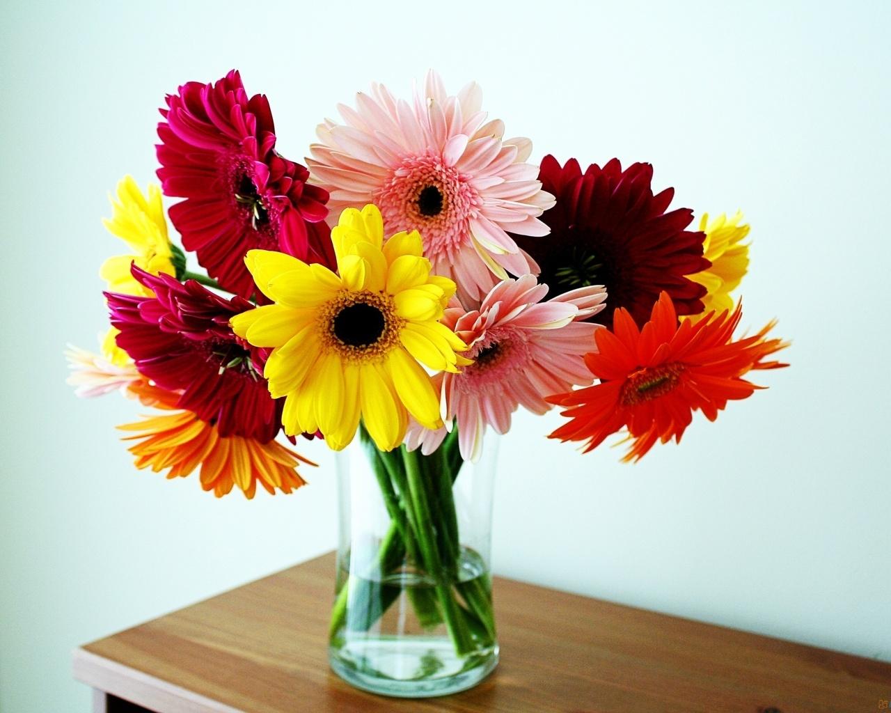 Открытки, картинки цветов в вазе