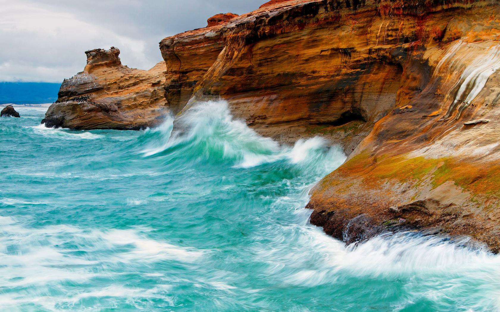 Картинки море волны скалы
