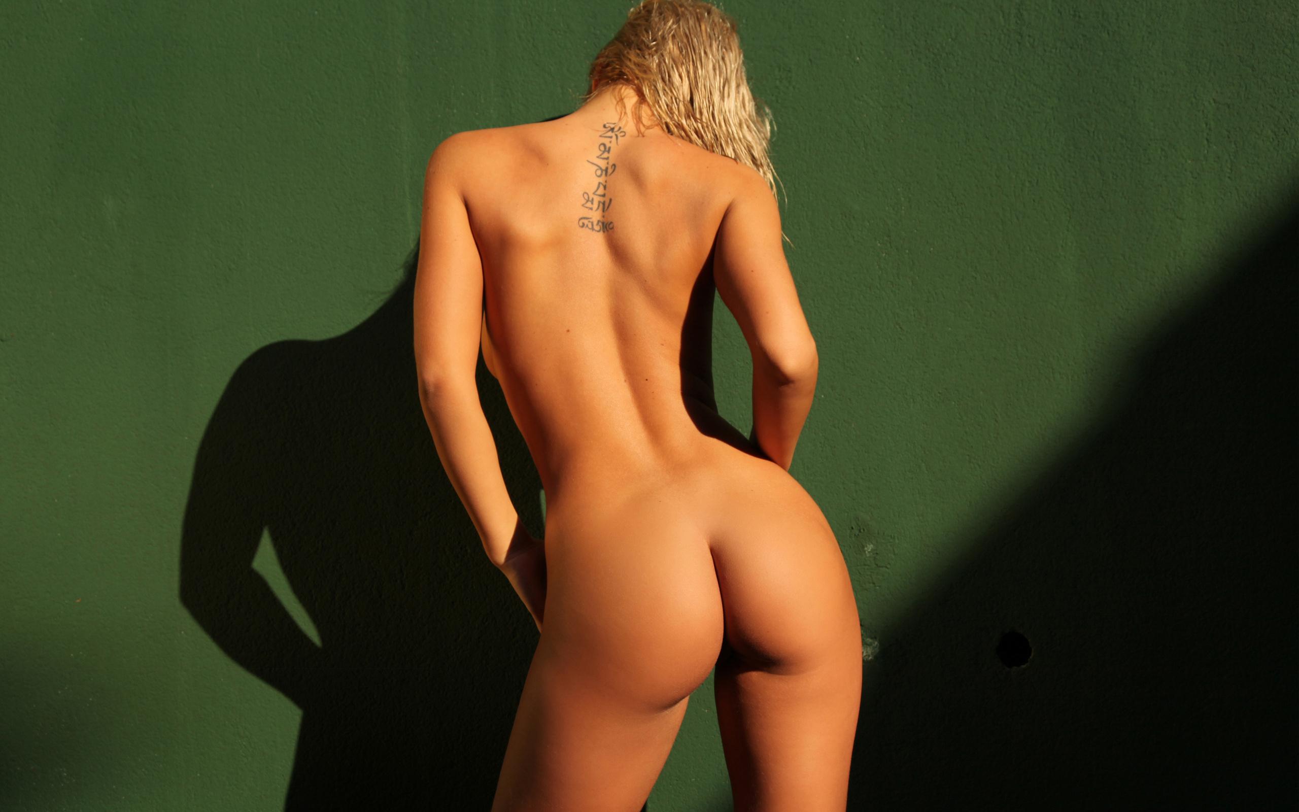 Смотреть красивые голые женские фигуры, Очень красивые фигуры голых женщин 28 фотография