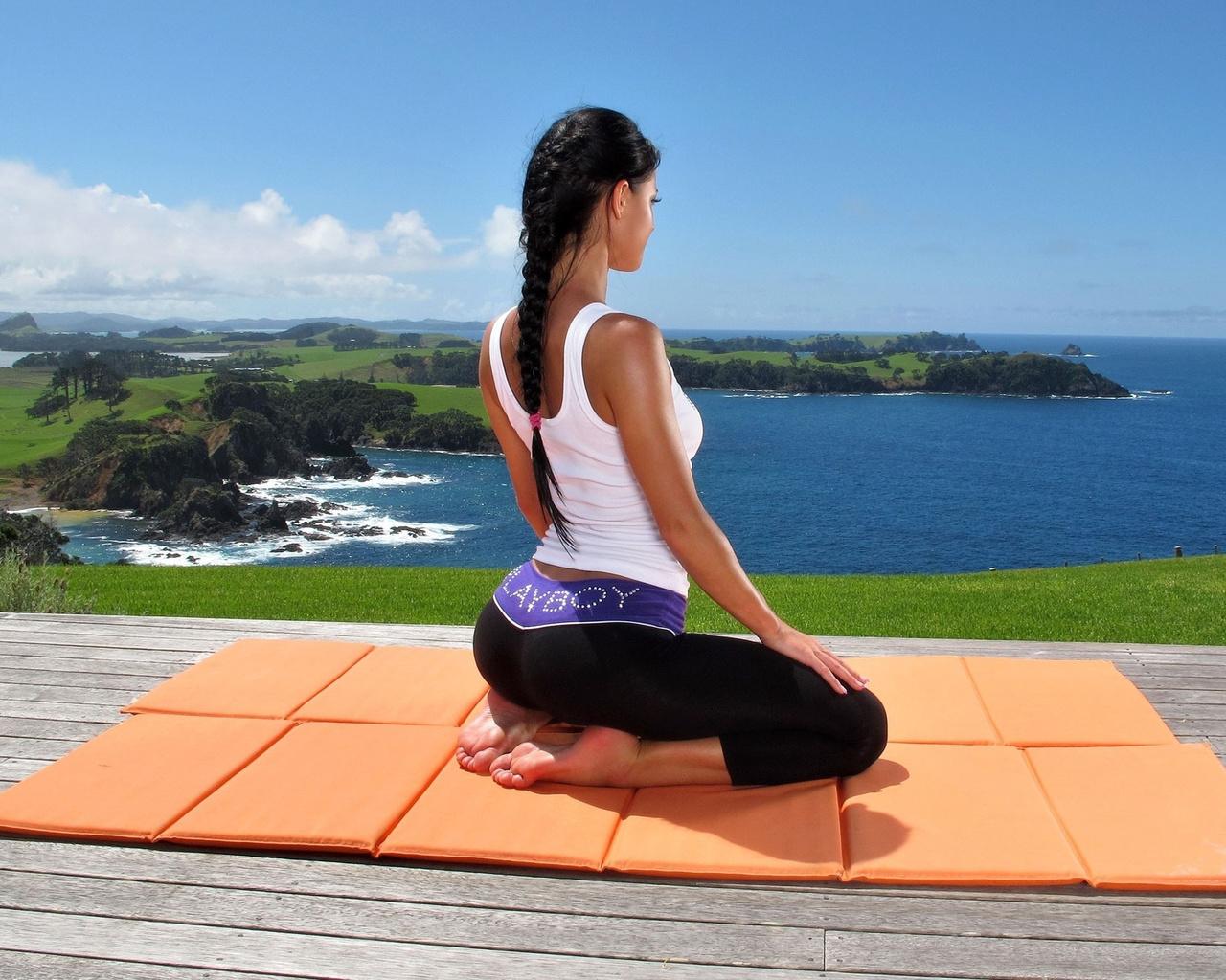 ho helped bring yoga - HD1280×1024