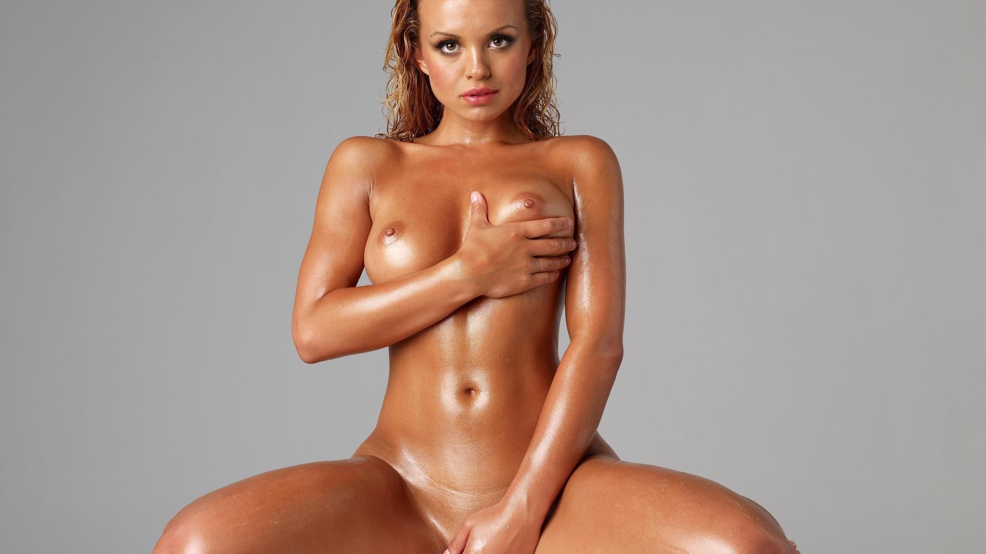 Высококачественные фотки с голыми девушками в масле