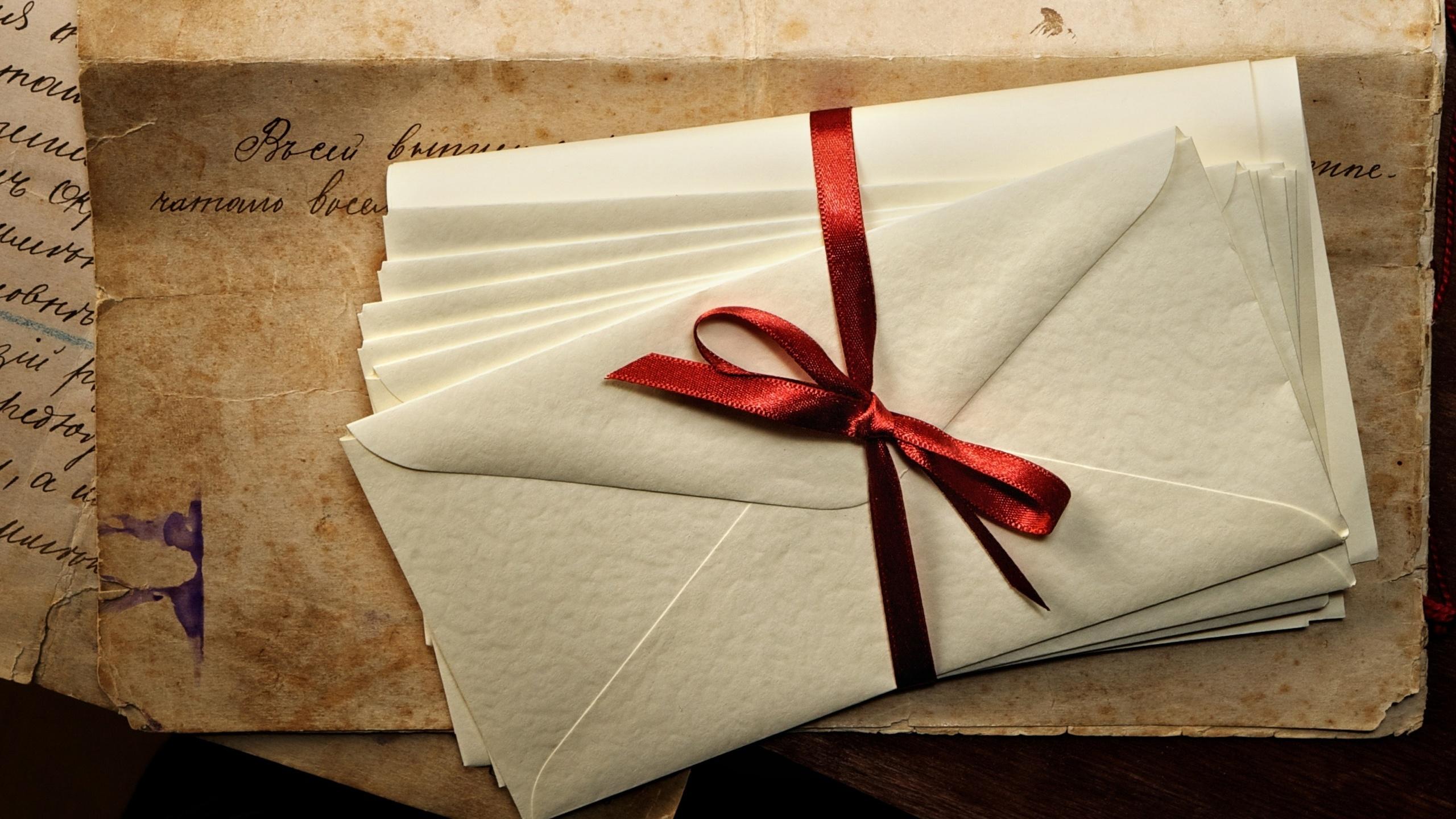 Букеты цветов, письма с открытками