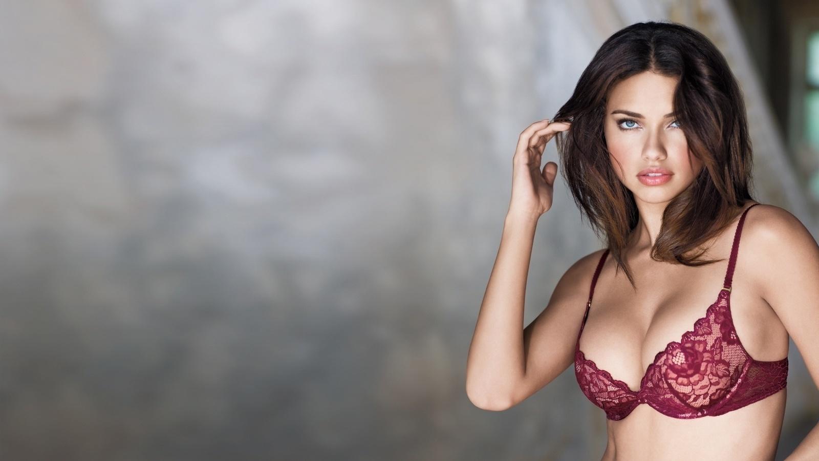 Масле видео моделей в бюстгальтере порно зрелые