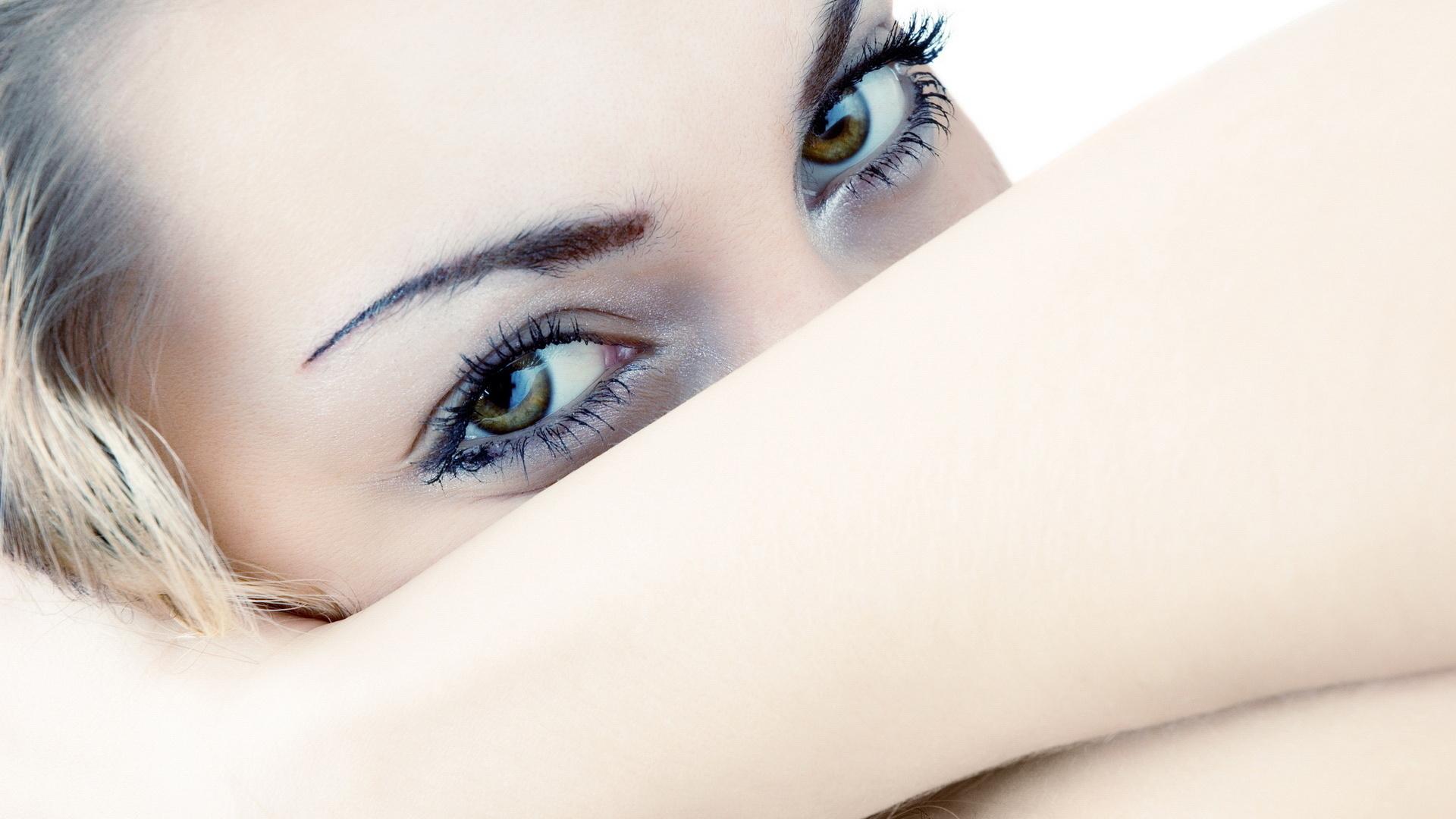 Открытка, открытки девушке с красивыми глазами