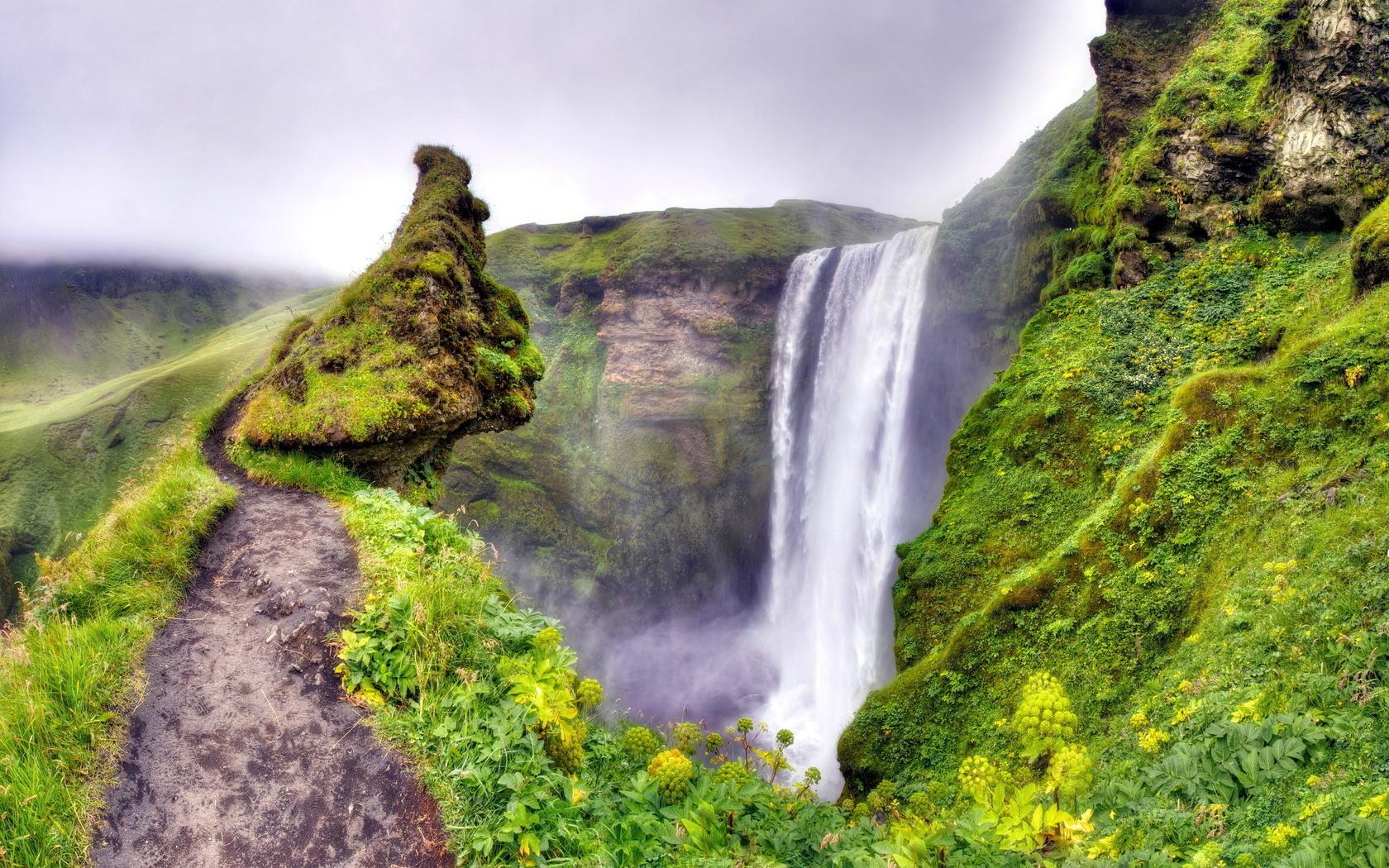 Водопад в горах — photo 8