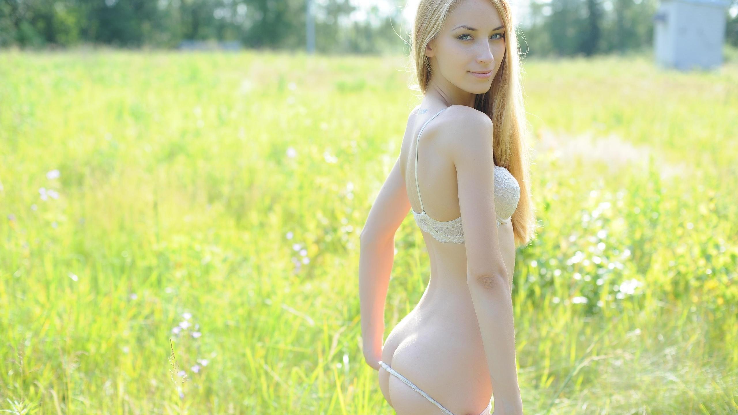 Про голых маладых девак, Молодые голые девушки - смотреть фото красивых 26 фотография