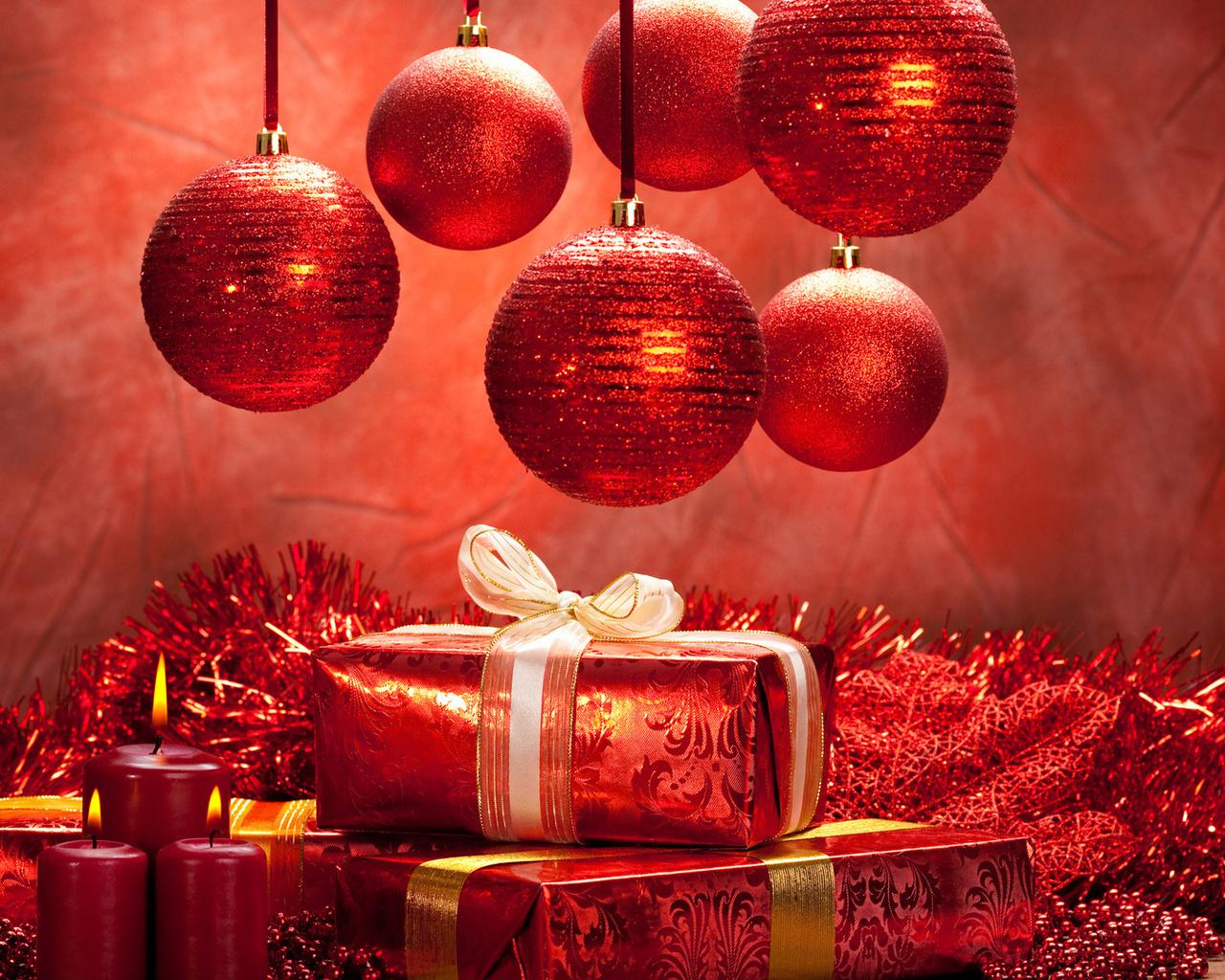присылайте ваши новогодние картинки на весь рабочий стол нашей команде