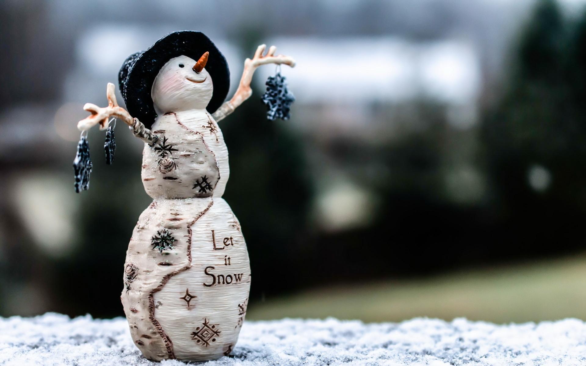 Прикольные рисунки на снегу