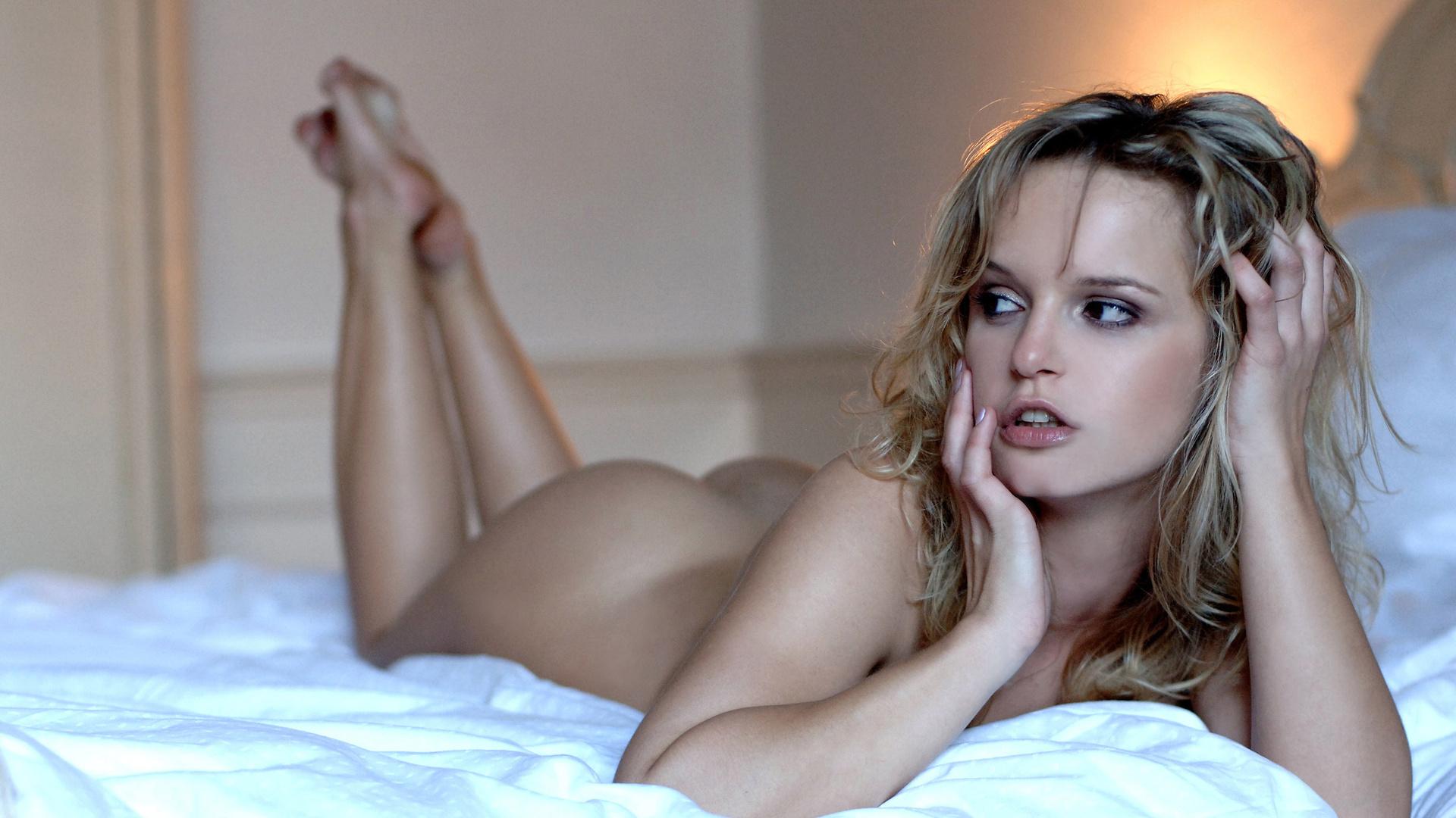 Красавица порно молоденькая в