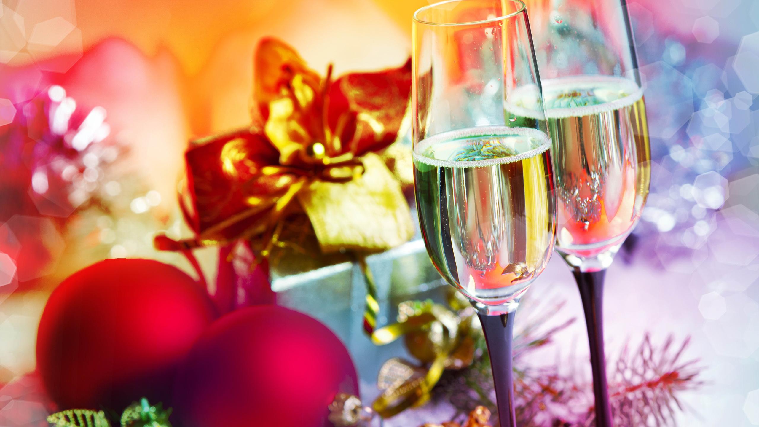 мне доведётся новогоднее яблоко и шампанское цветы фото бесплатно широкоформатные