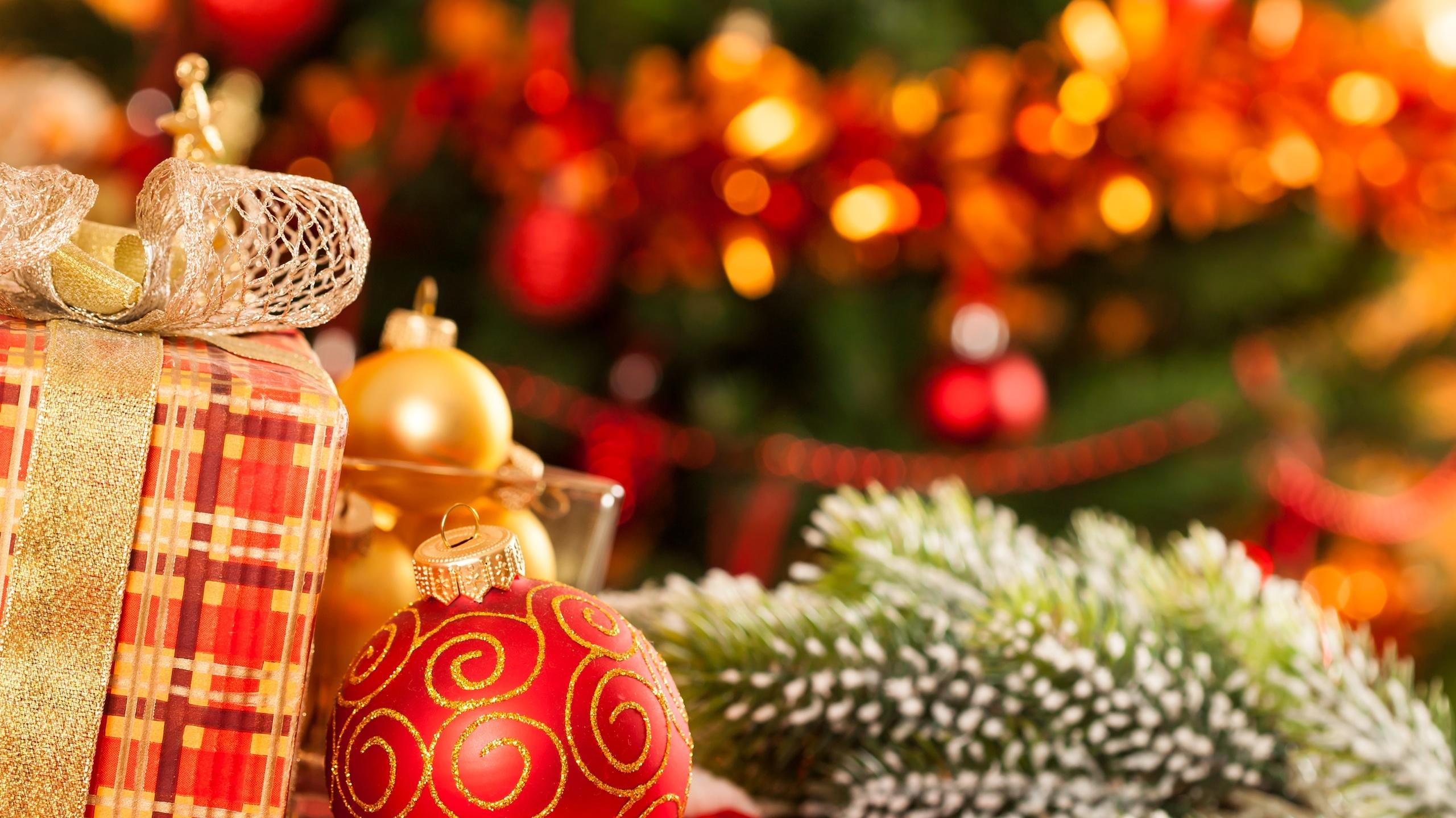 День, с новым годом картинки елка подарки