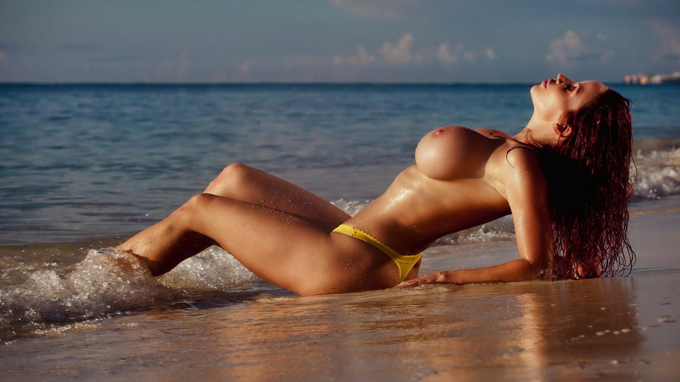 Нежная эротика пляж