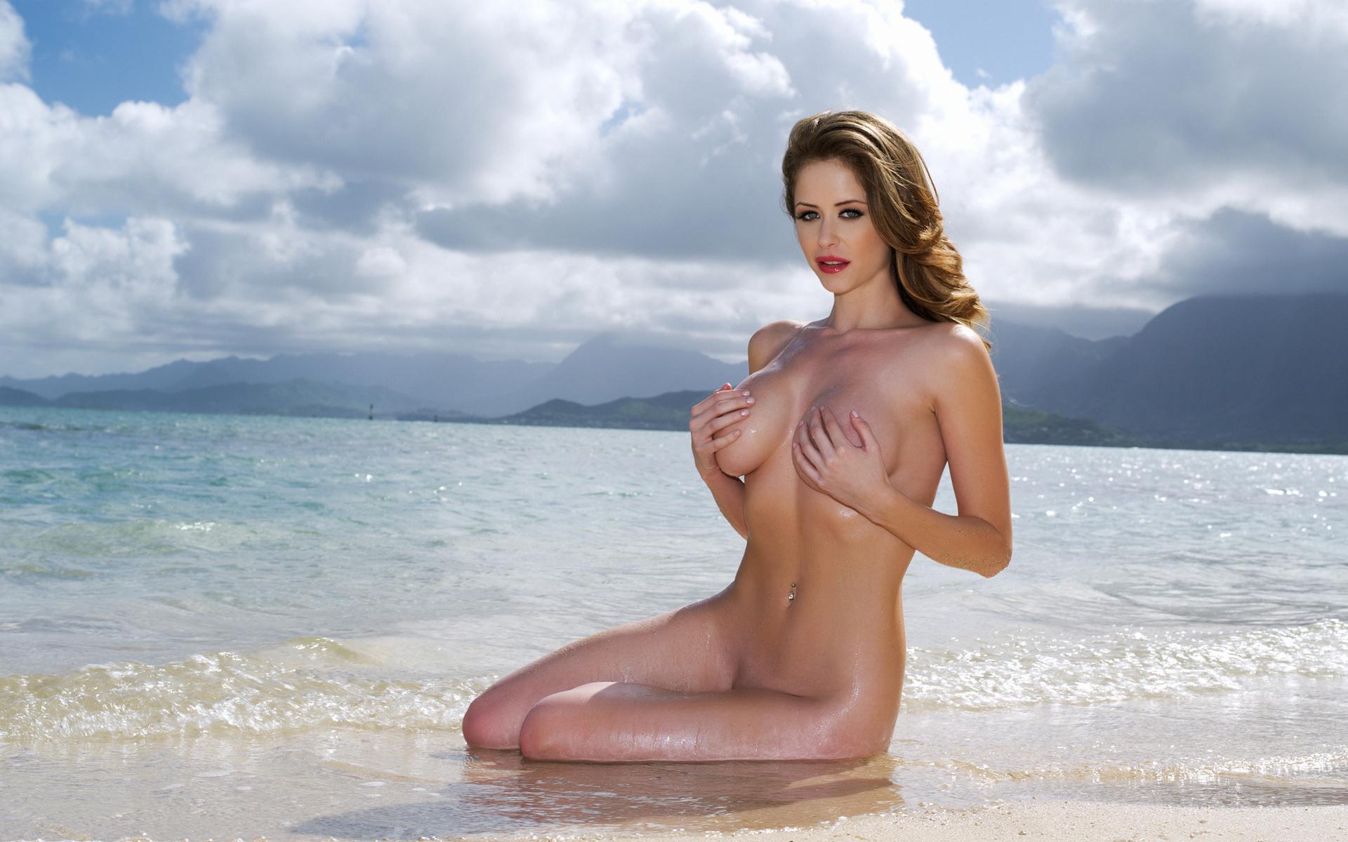 фото голой девчонки с сиськами в море - 12