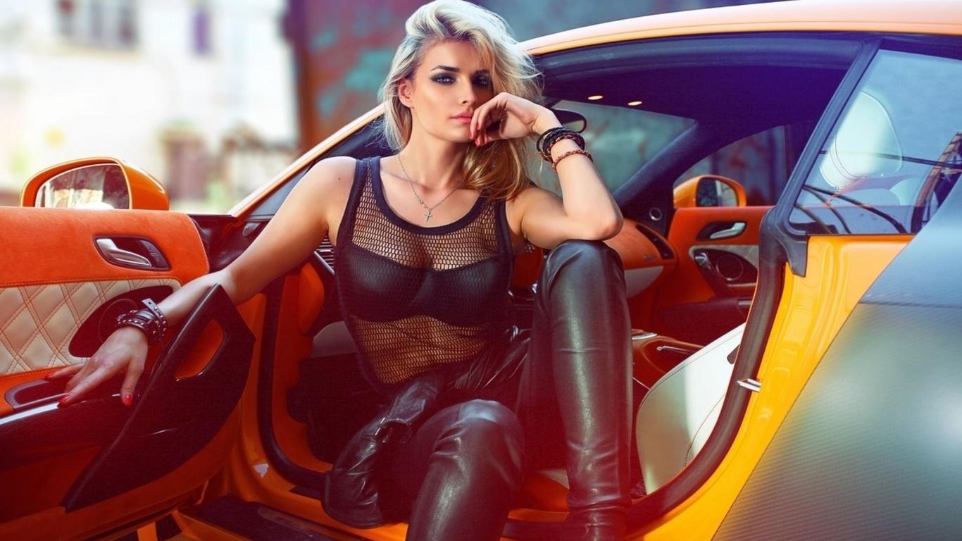 блондинка, взгляд, грудь, авто