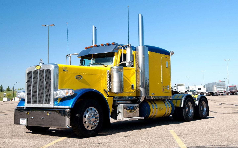 тягач, грузовик, мощь, сила, колеса, фары, дорога, желтый, небо, авто шик, красота, авто,