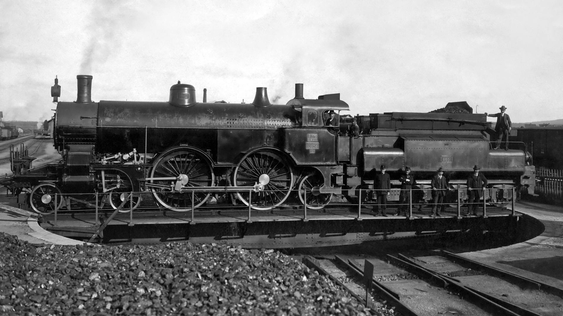 Поздравление марта, картинки железнодорожника черно белые