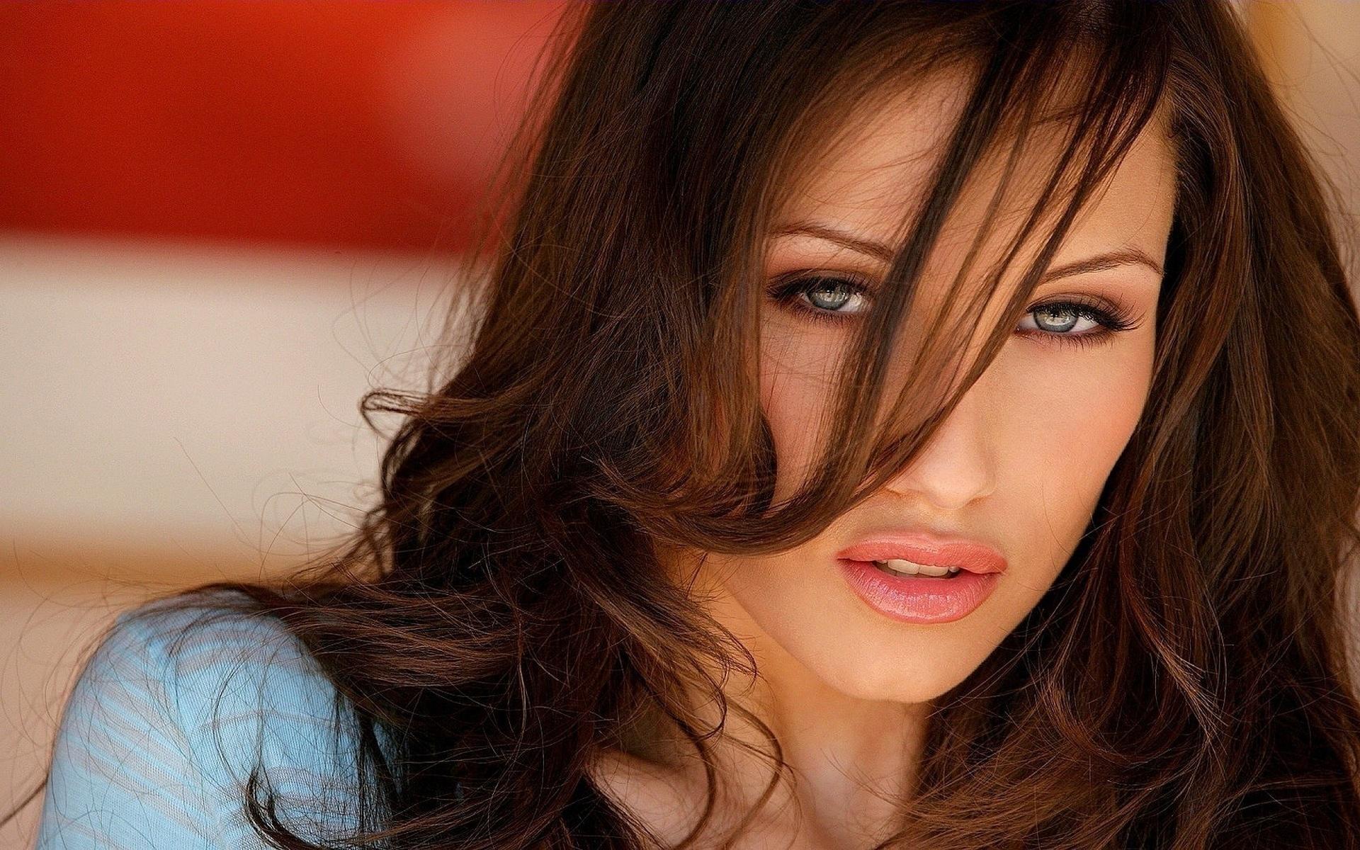 они жили самые красивые девушки мира шатенки фото издания может
