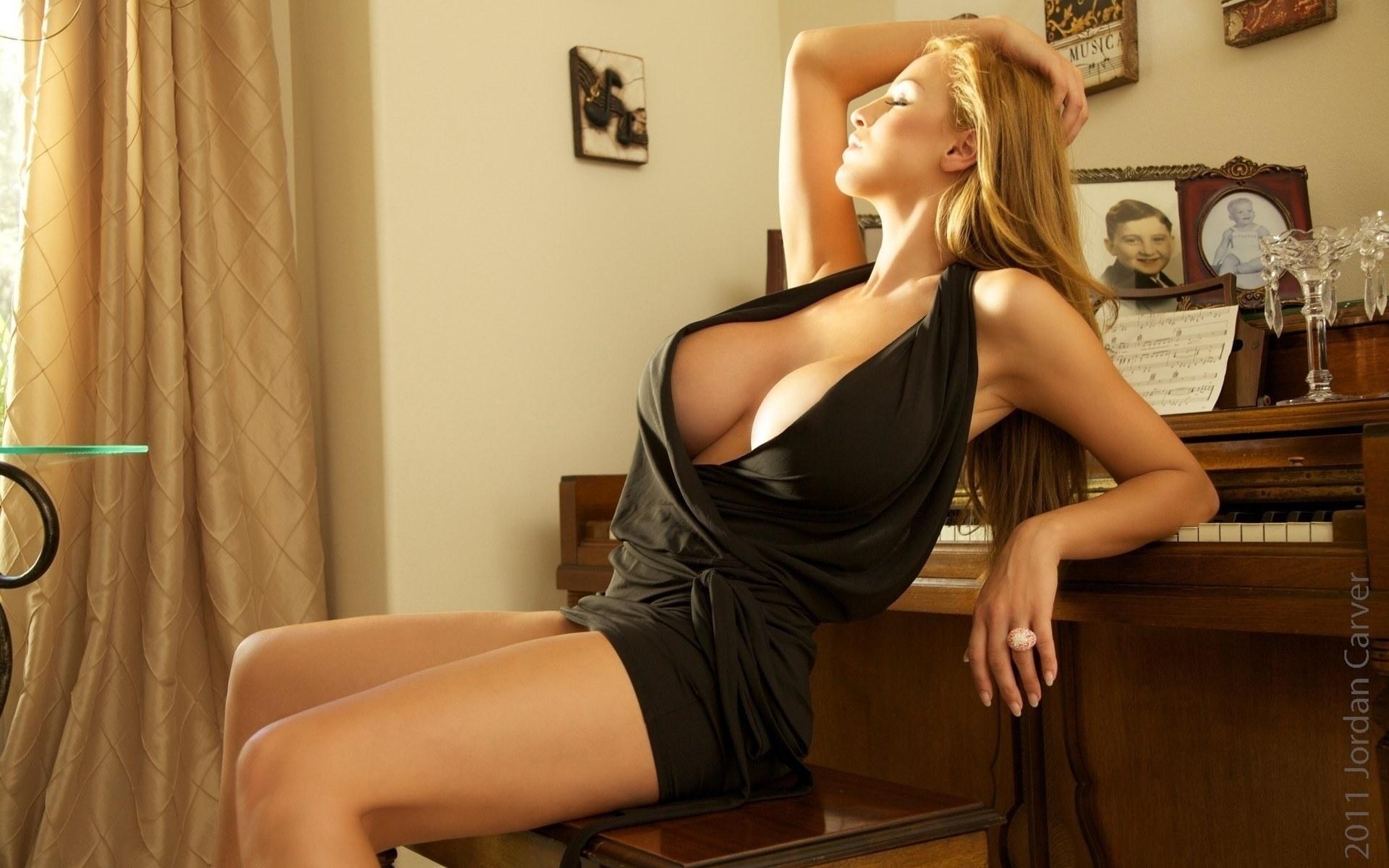 девушка, платье, грудь, рояль