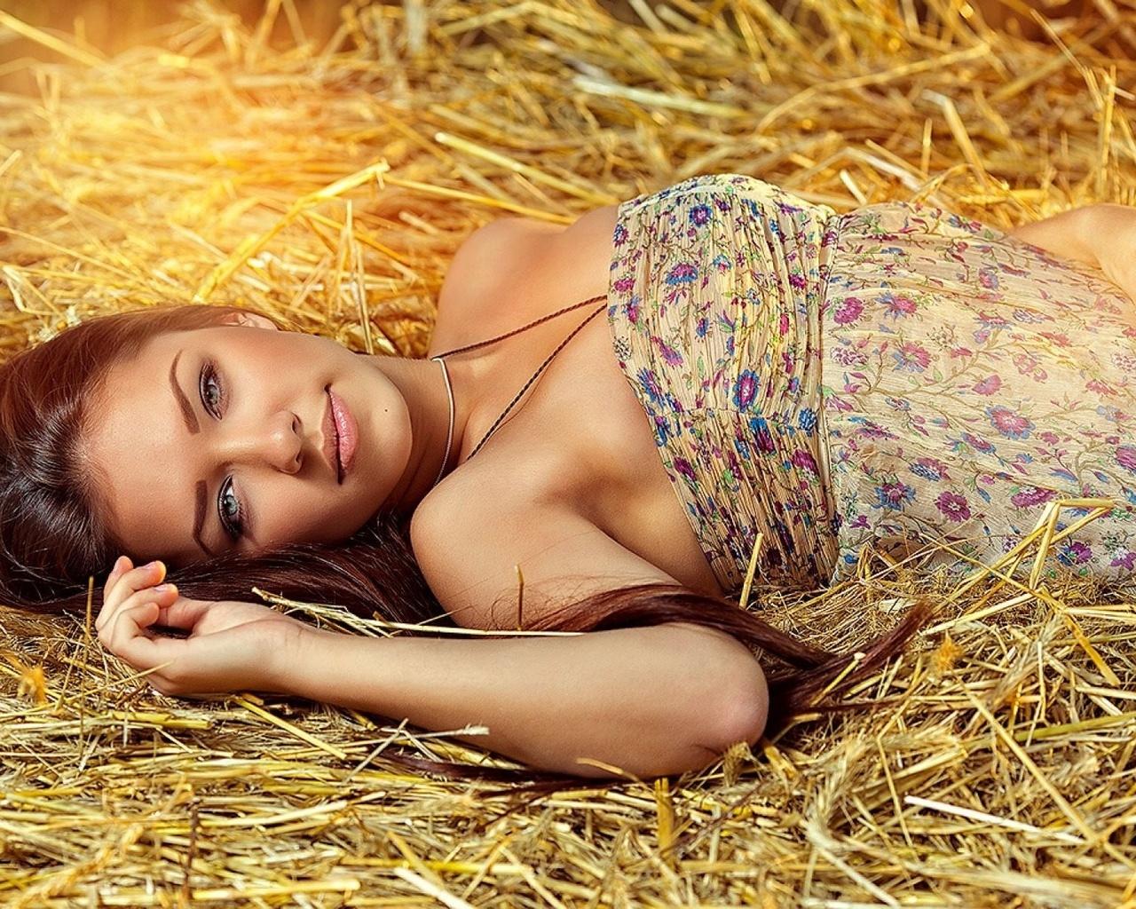 Украинский девушки голые, Голые Украинки - сиськи и попки украинских девушек 1 фотография