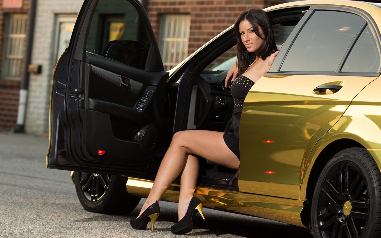 mercedes benz, class, gold, girl, brunette, мерседес бенц, золотой, девушка, брюнетка