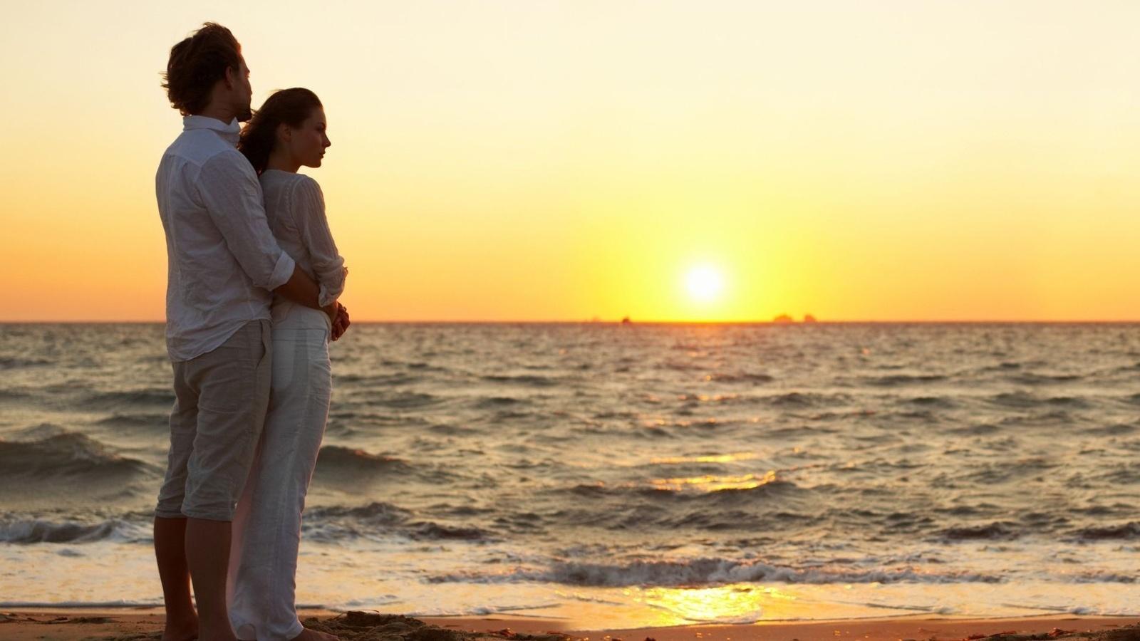 Двое на море картинки романтика
