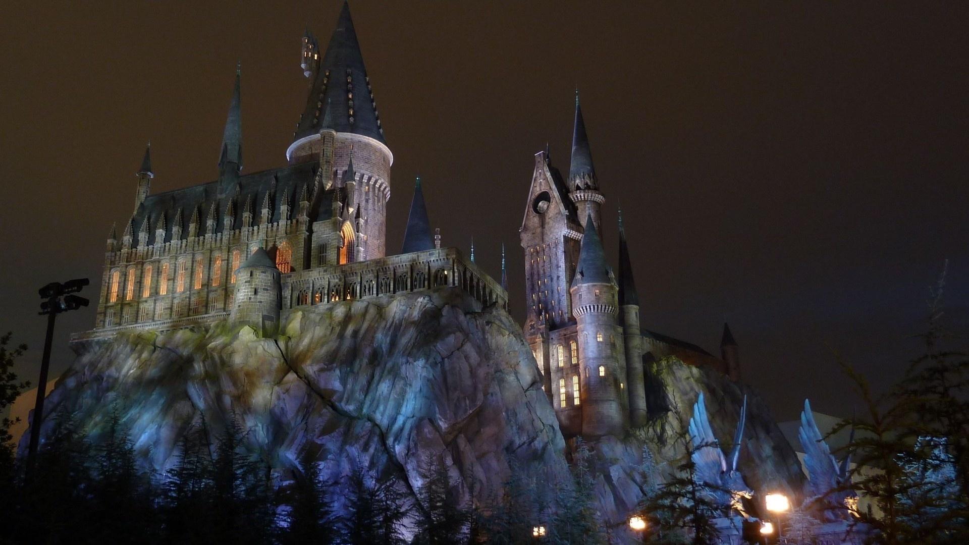 хогвартс, замок, ночь, огни, освещение, скалы, башня, красота