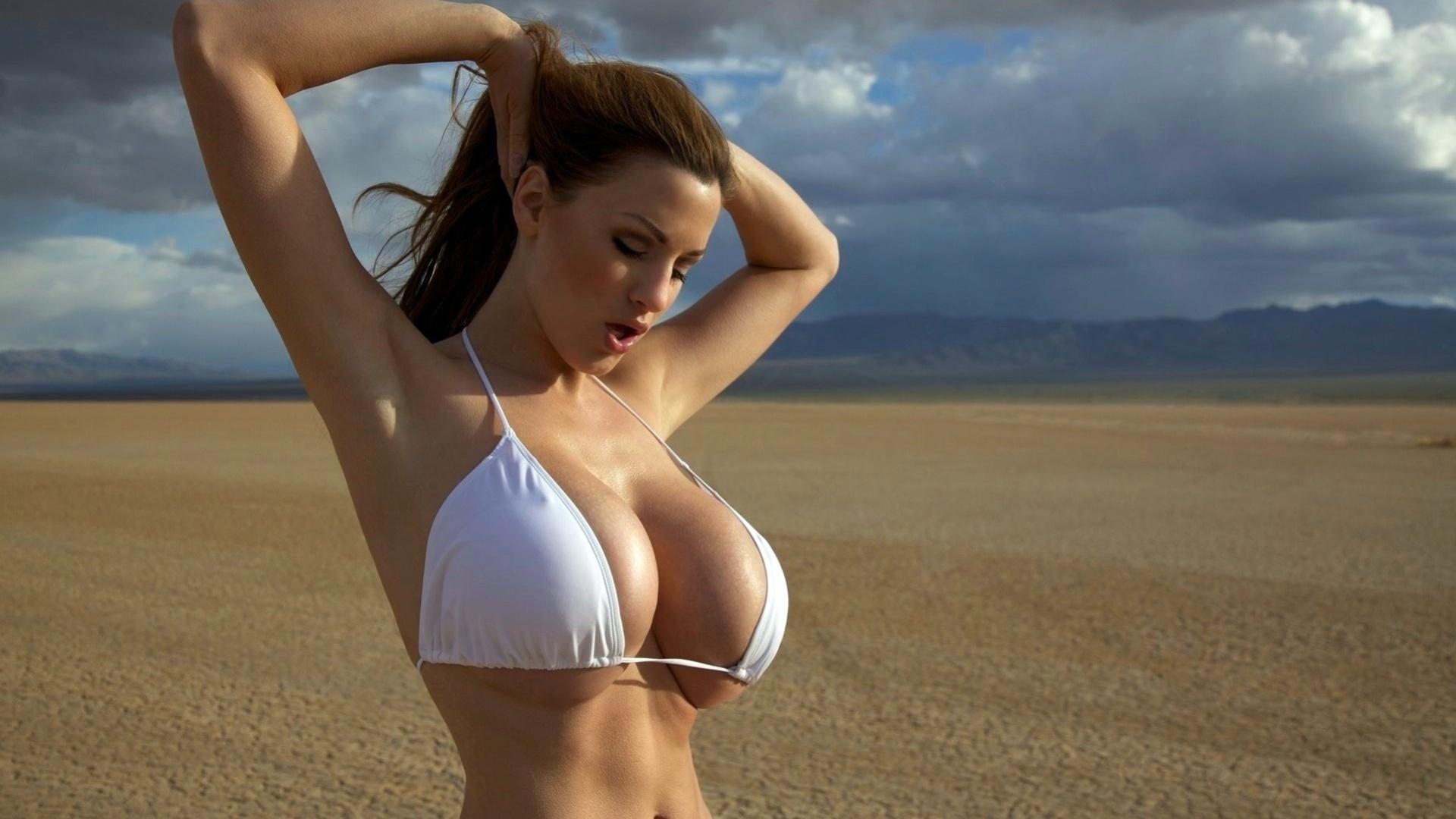 Порно женщины с несколькими грудями фото про невесток