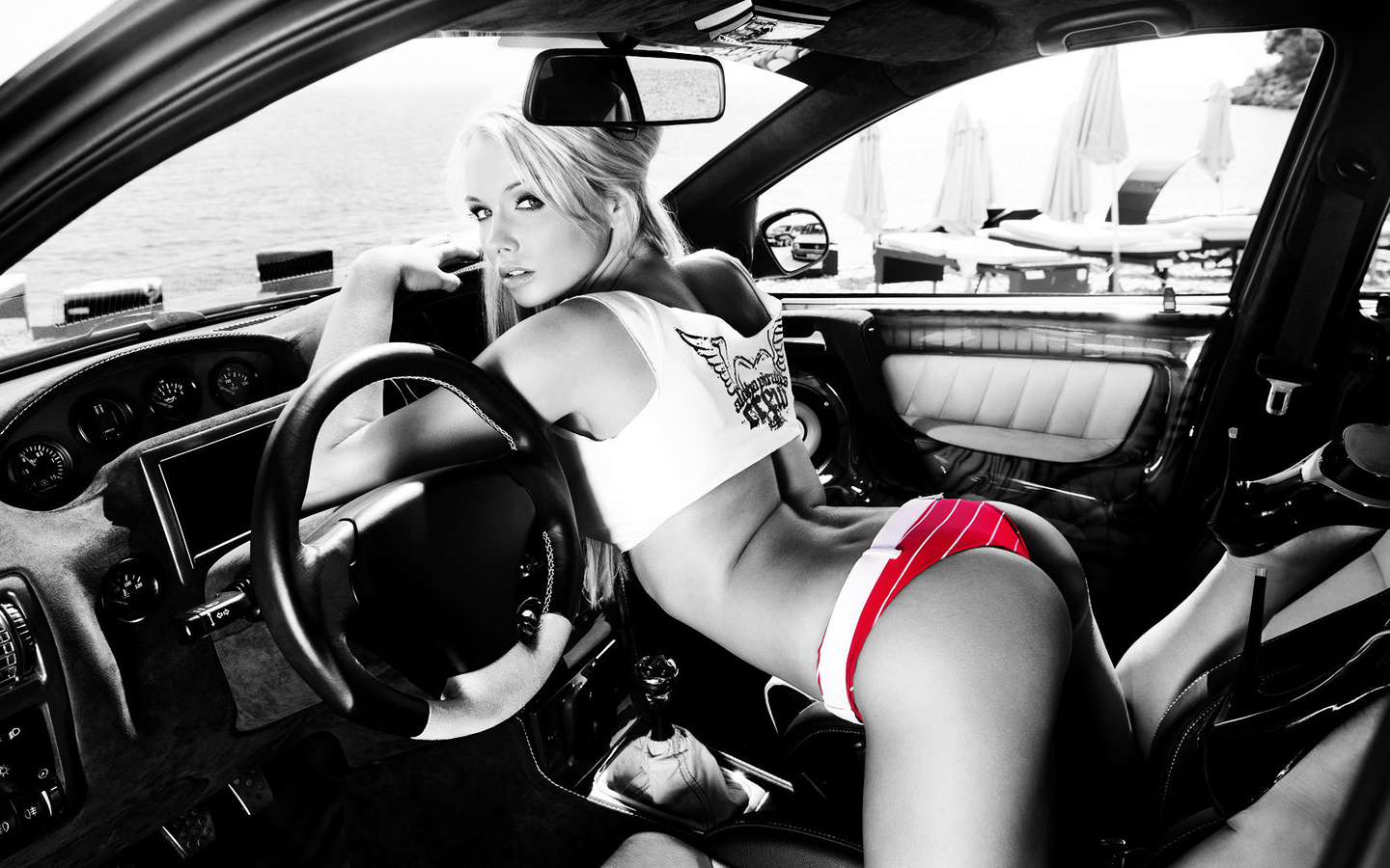 girls-sex-in-the-car-massive-cock-fucking-tight-virgin-pussy