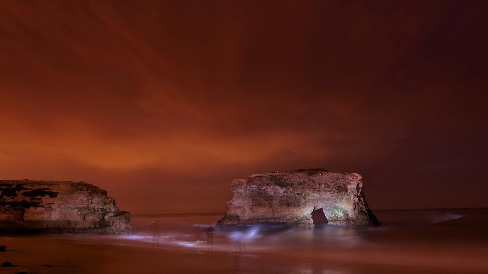 ночь, море, скалы, призраки