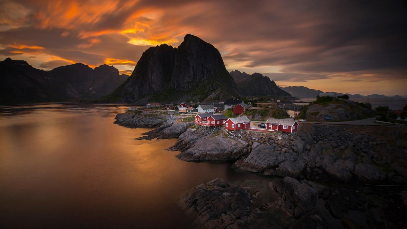 норвегия, небо, облака, закат, вечер, море, горы, поселок, дома