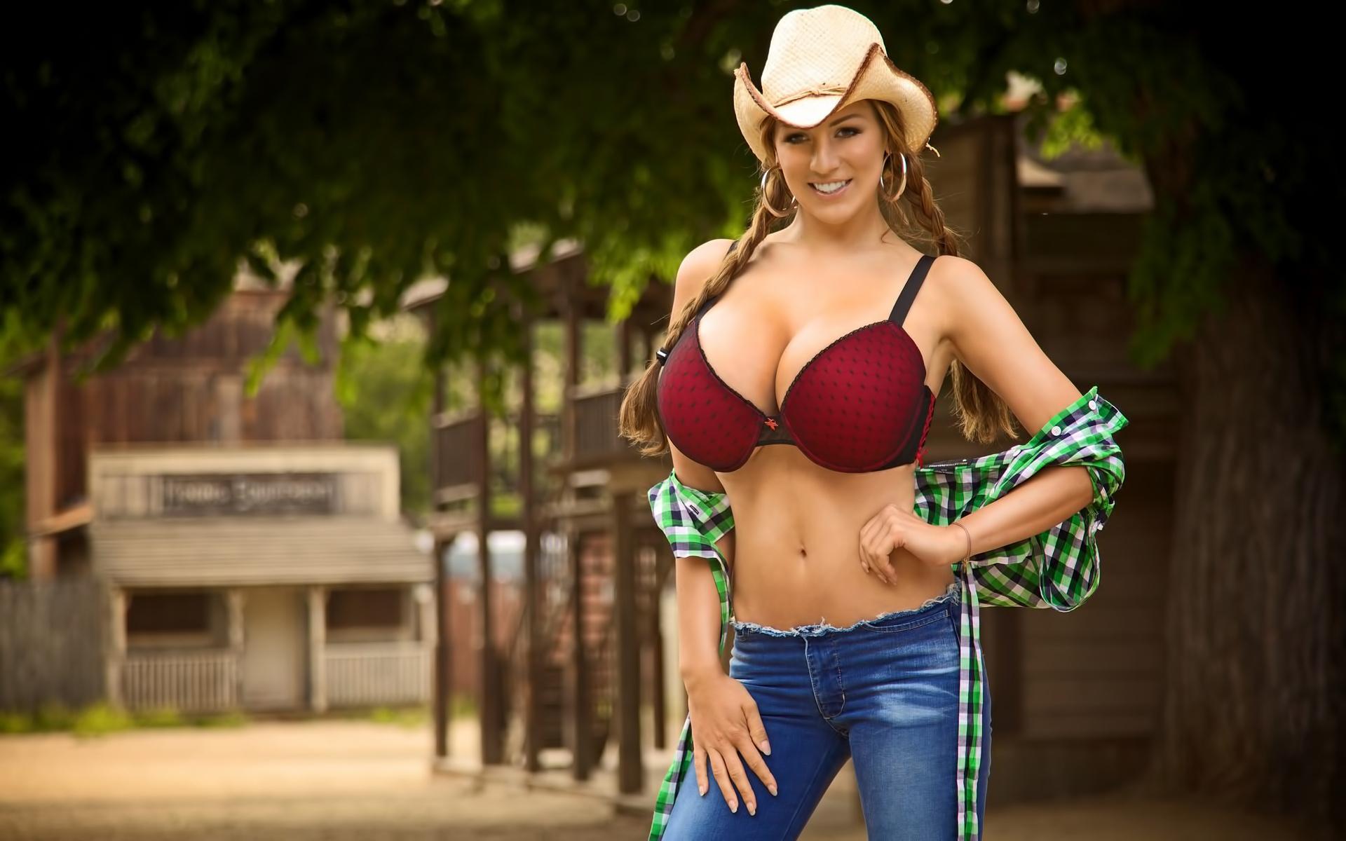 немецкие женщины с большой грудью