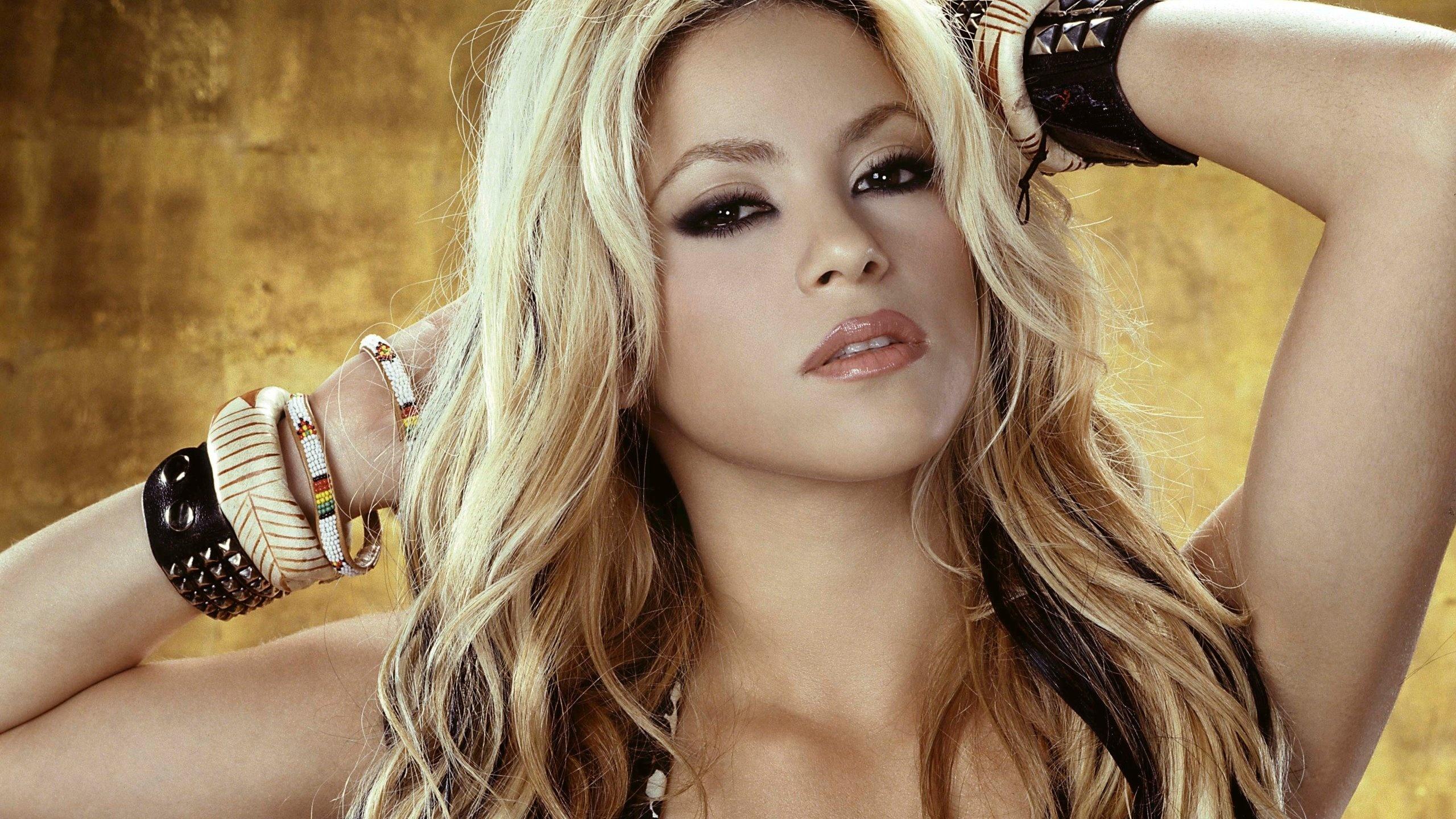 русские певицы блондинки клипы знаем