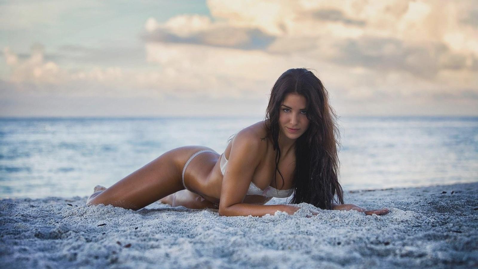 Beach latina nude smalljpg topless, nasty naked nerds