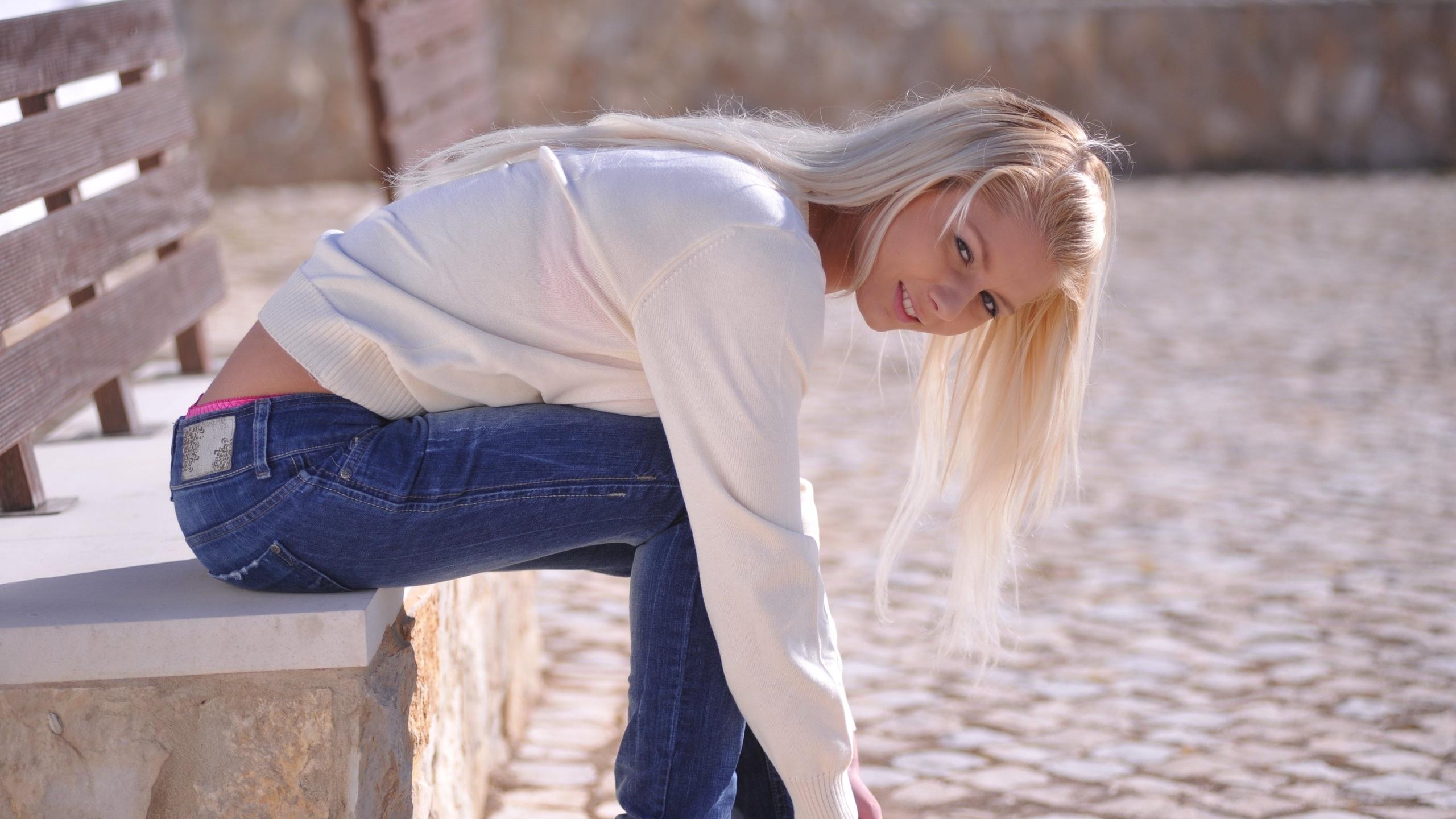 сексуальные блондинки в джинсах