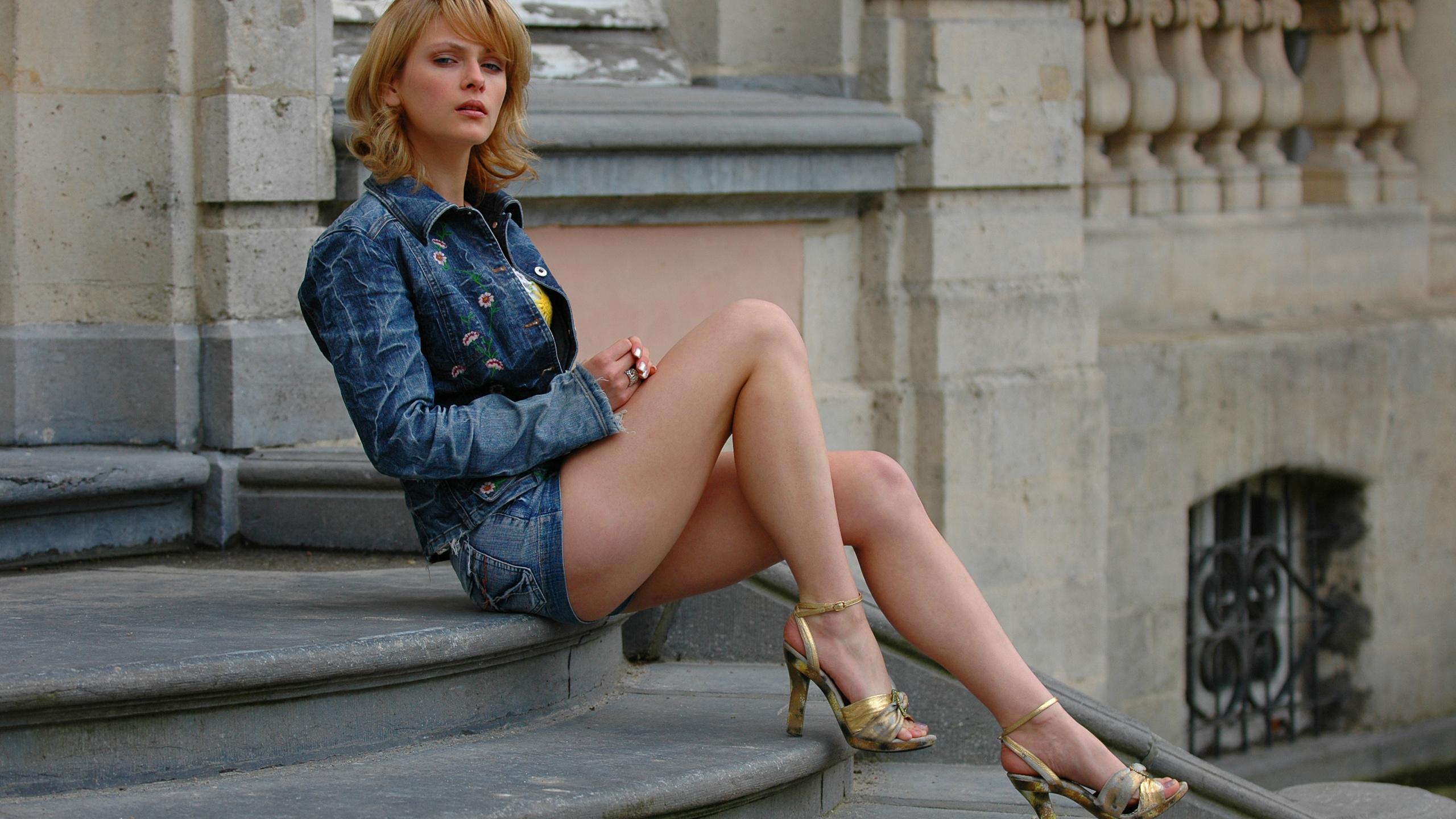 фото русских девушек в босоножках хочет