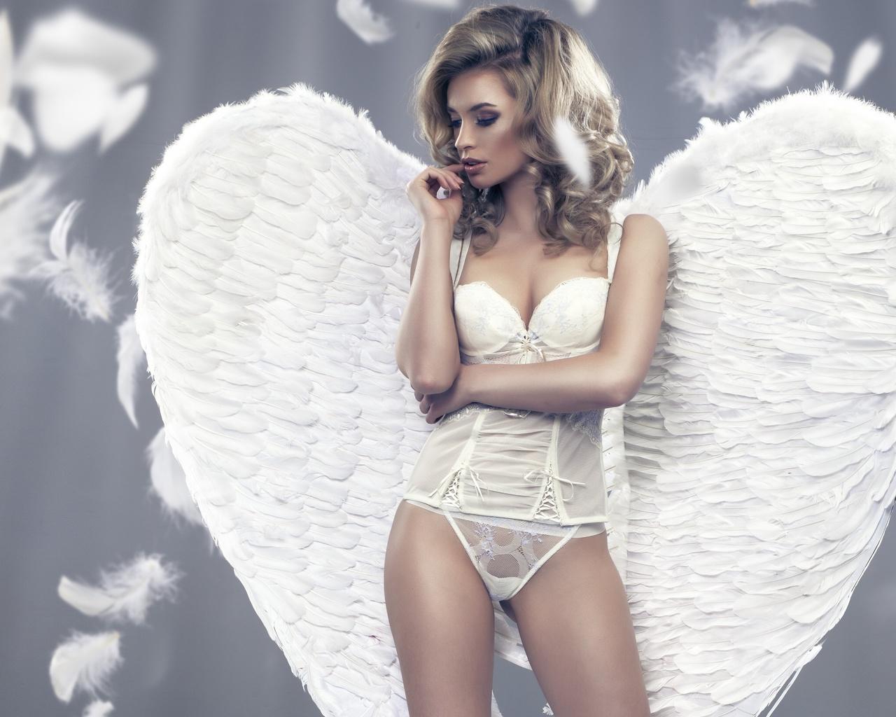 тинейджер блондинка ангел