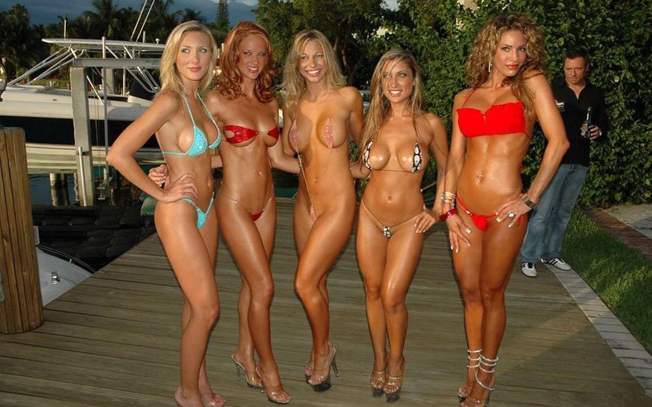 Miss world bikini tits