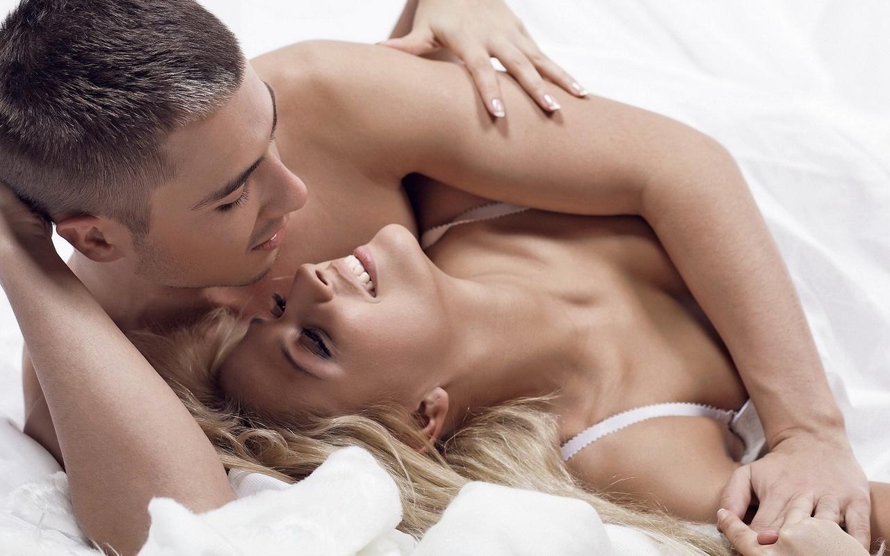 Секс видео влюбленная пара