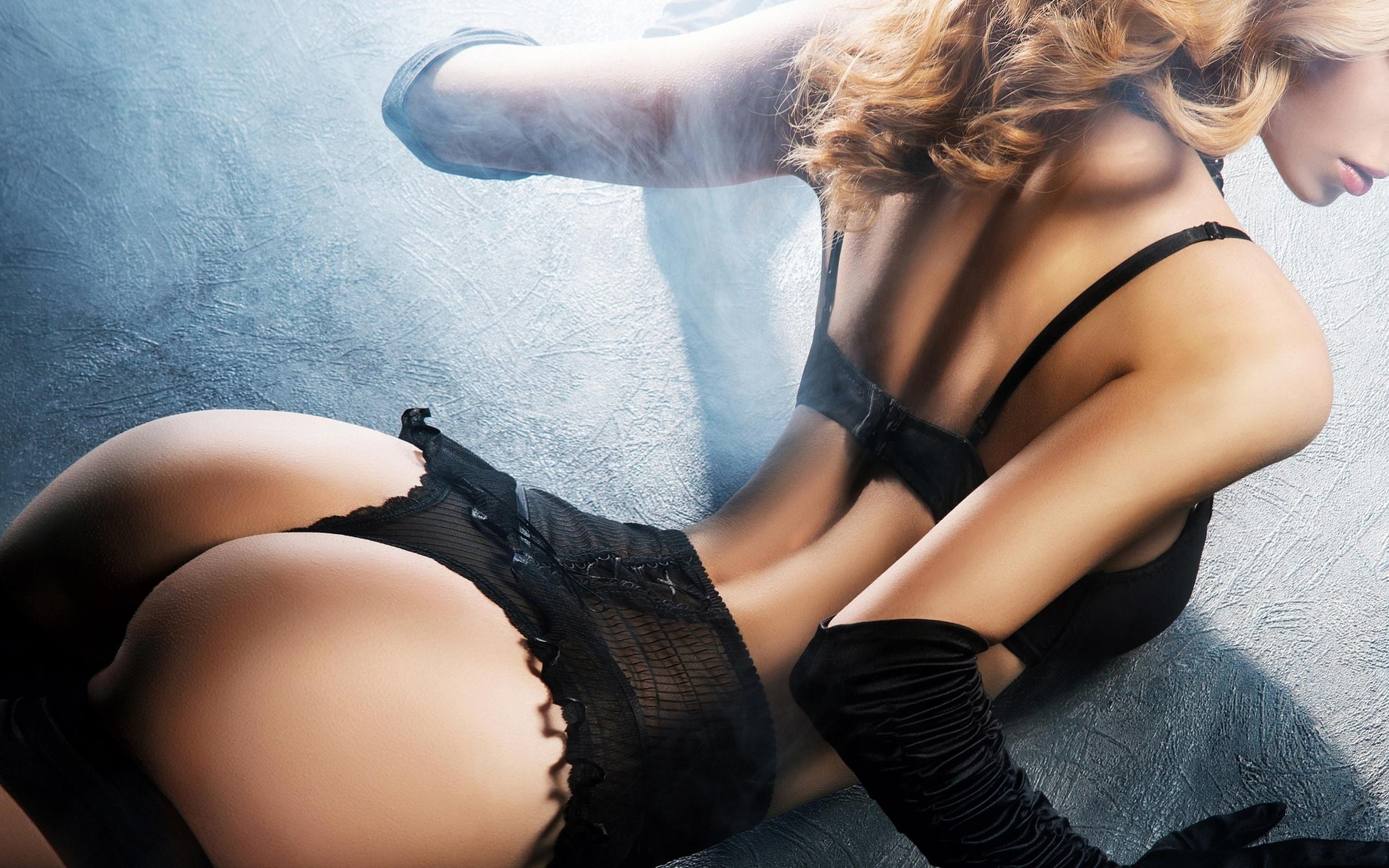 Красивое белье и попки порно