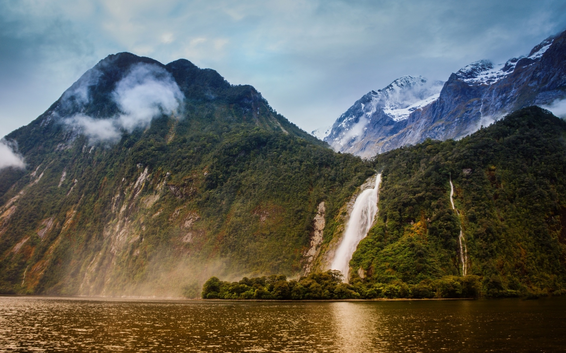 smotret-video-priroda-novoy-zelandii-ero-foto-razvratnaya-sosedka