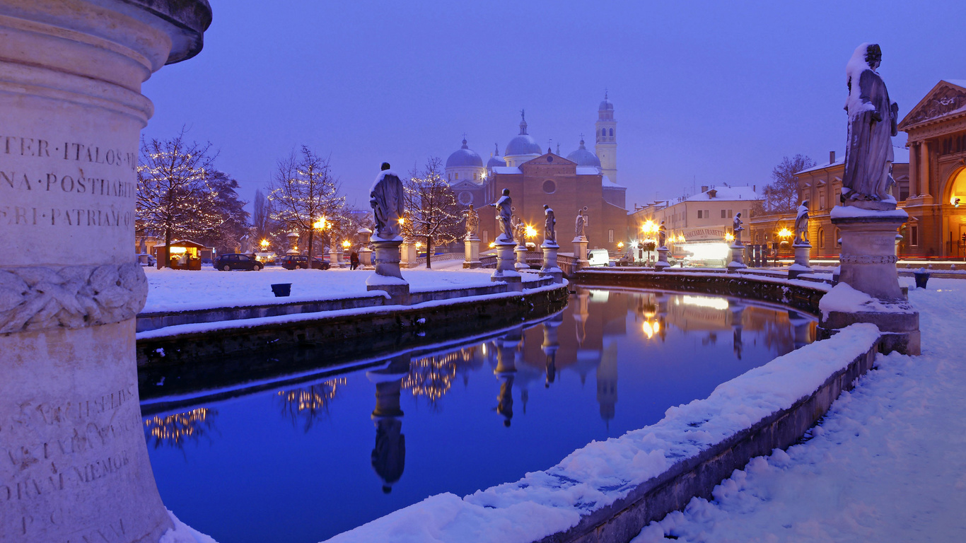 зима, снег, канал, вода, скульптура, собор, дома, небо, вечер, огни, архитектура