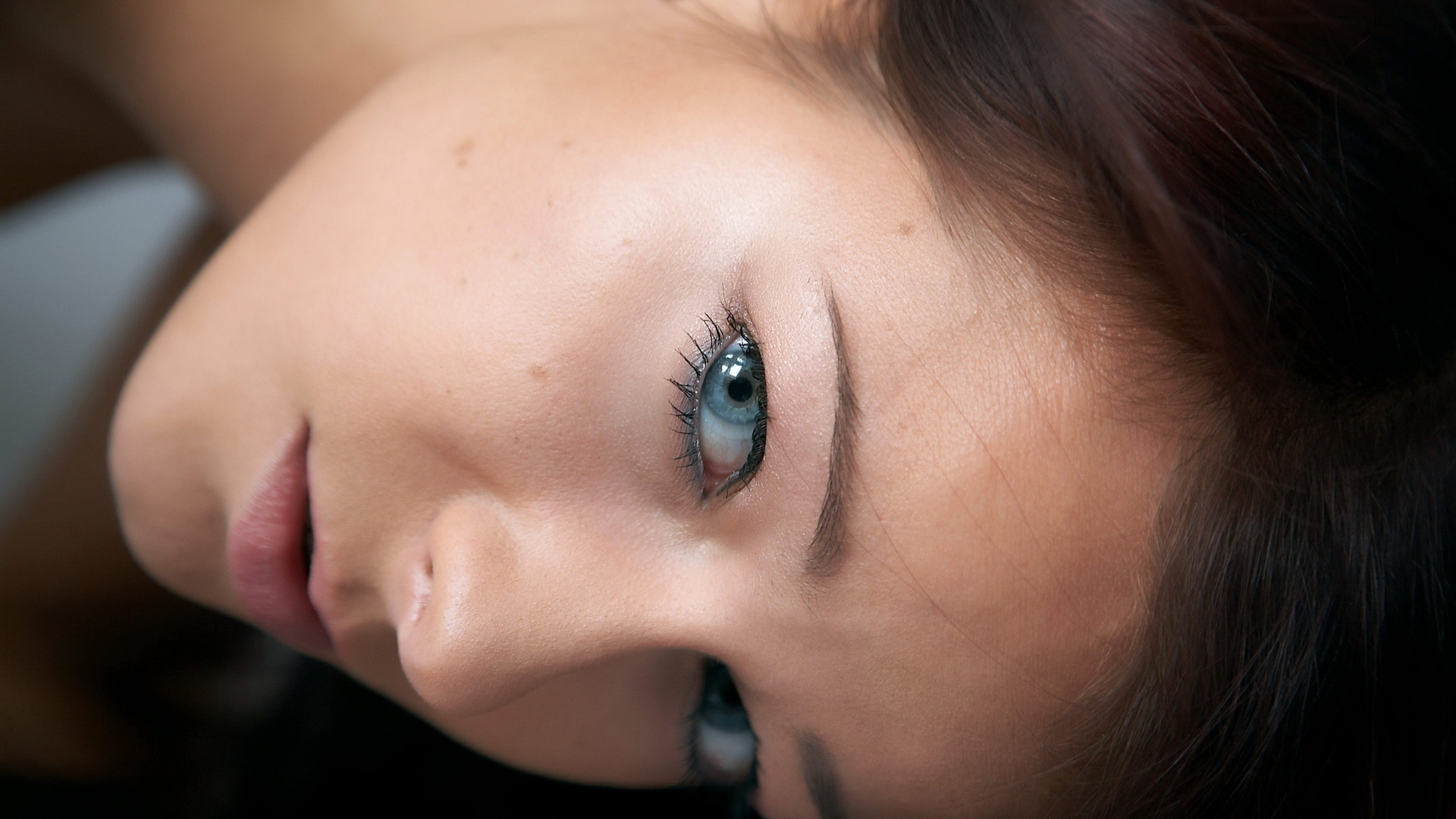 Сперма на лице ведущей, Порно видео Японская телеведущая и сперма 24 фотография