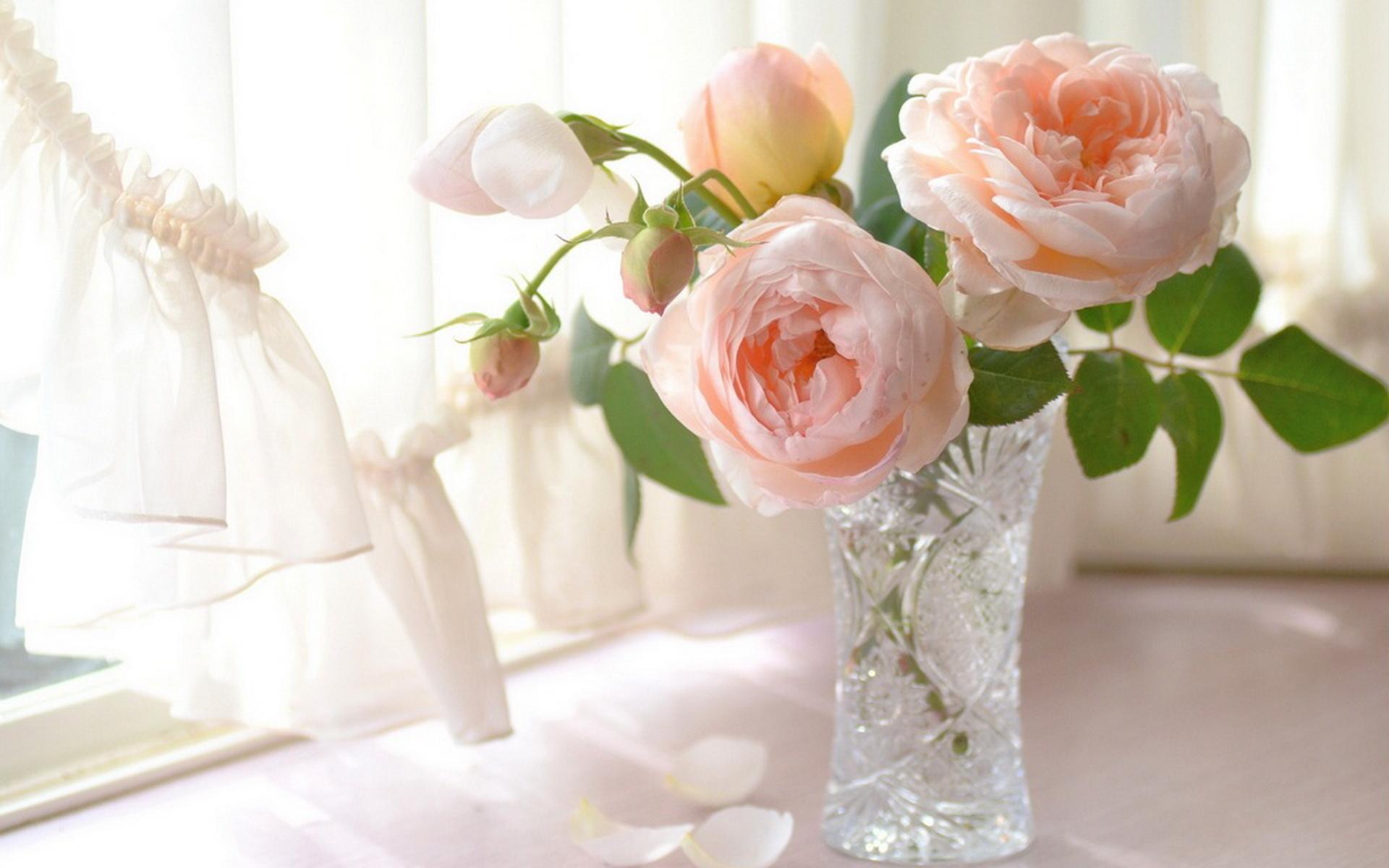 Открытка с днем рождения женщине цветы нежные