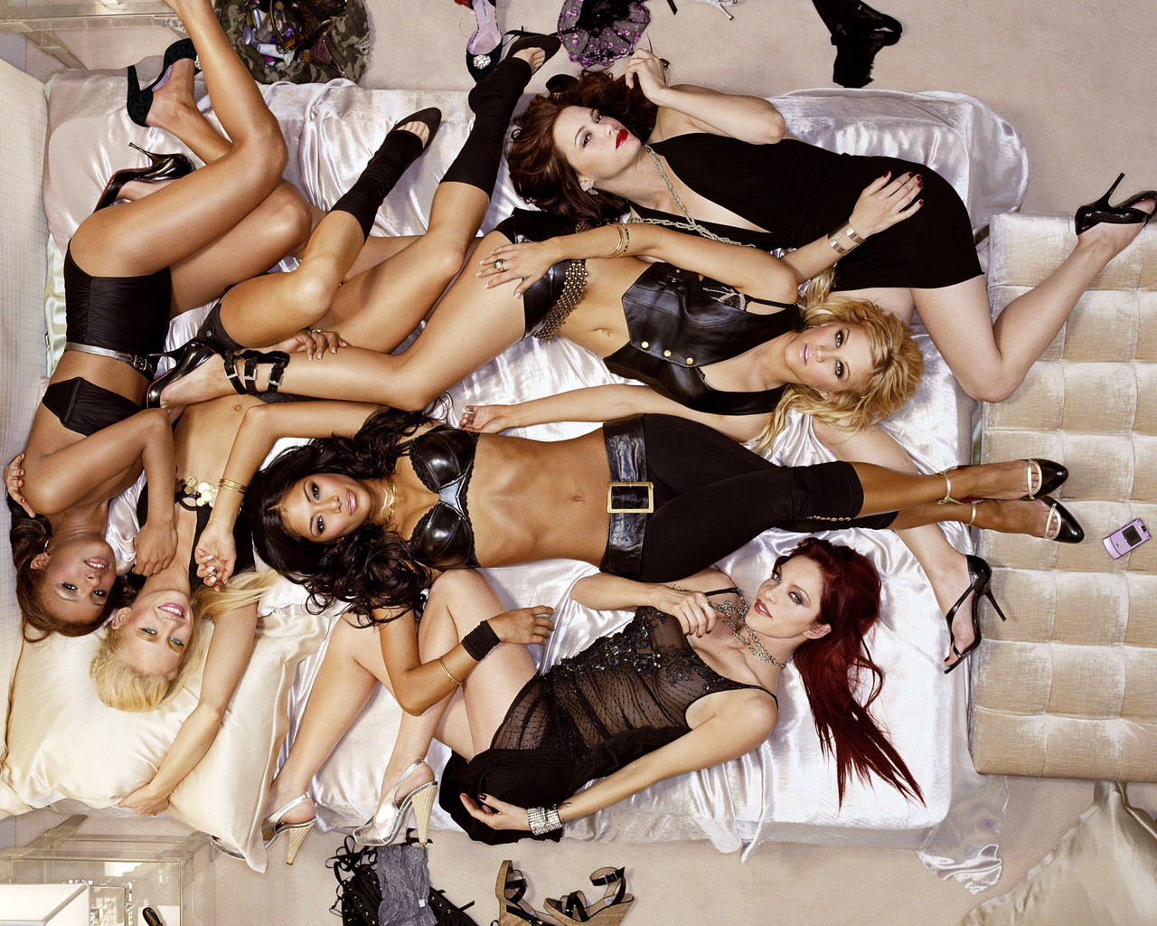 Pussycat dolls drop photo for new single react