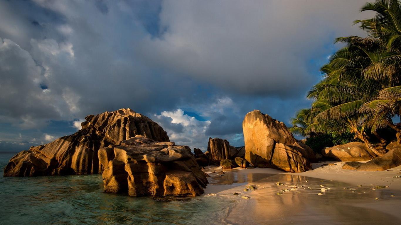 сейшельские острова, океан, побережье, небо, облака, камни, курорт, отдых, пальмы, красота, побережье