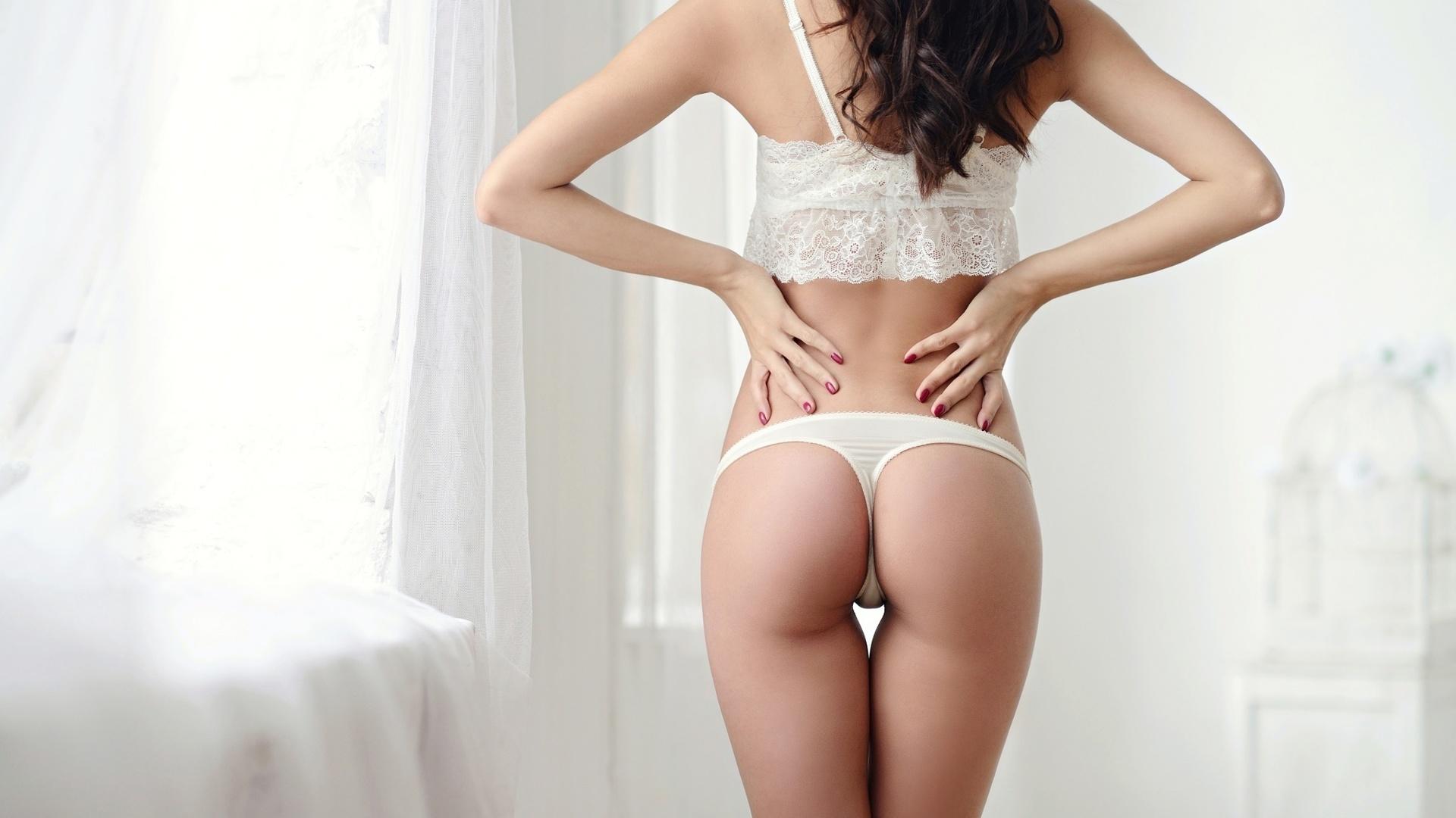 Фото девочка раздвинула попу, Девушки раздвигают попку частное фото - Частное секс 20 фотография