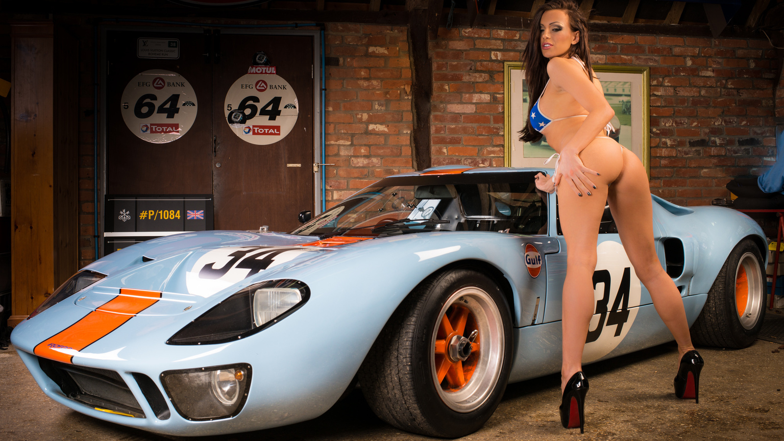 Hot Naked Girls Old Cars