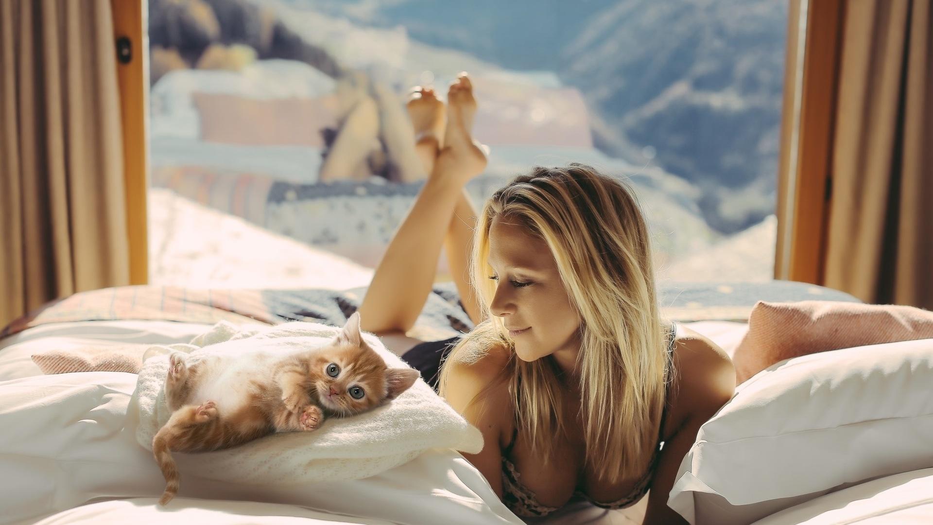 Блондинка проснулась картинки