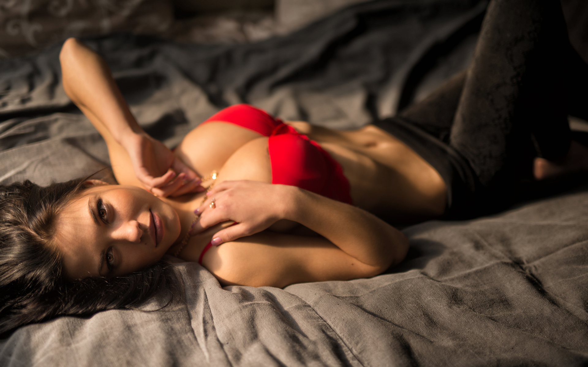 Фото с девушкой в постели, Фото красивых девушек в постели 11 фотография