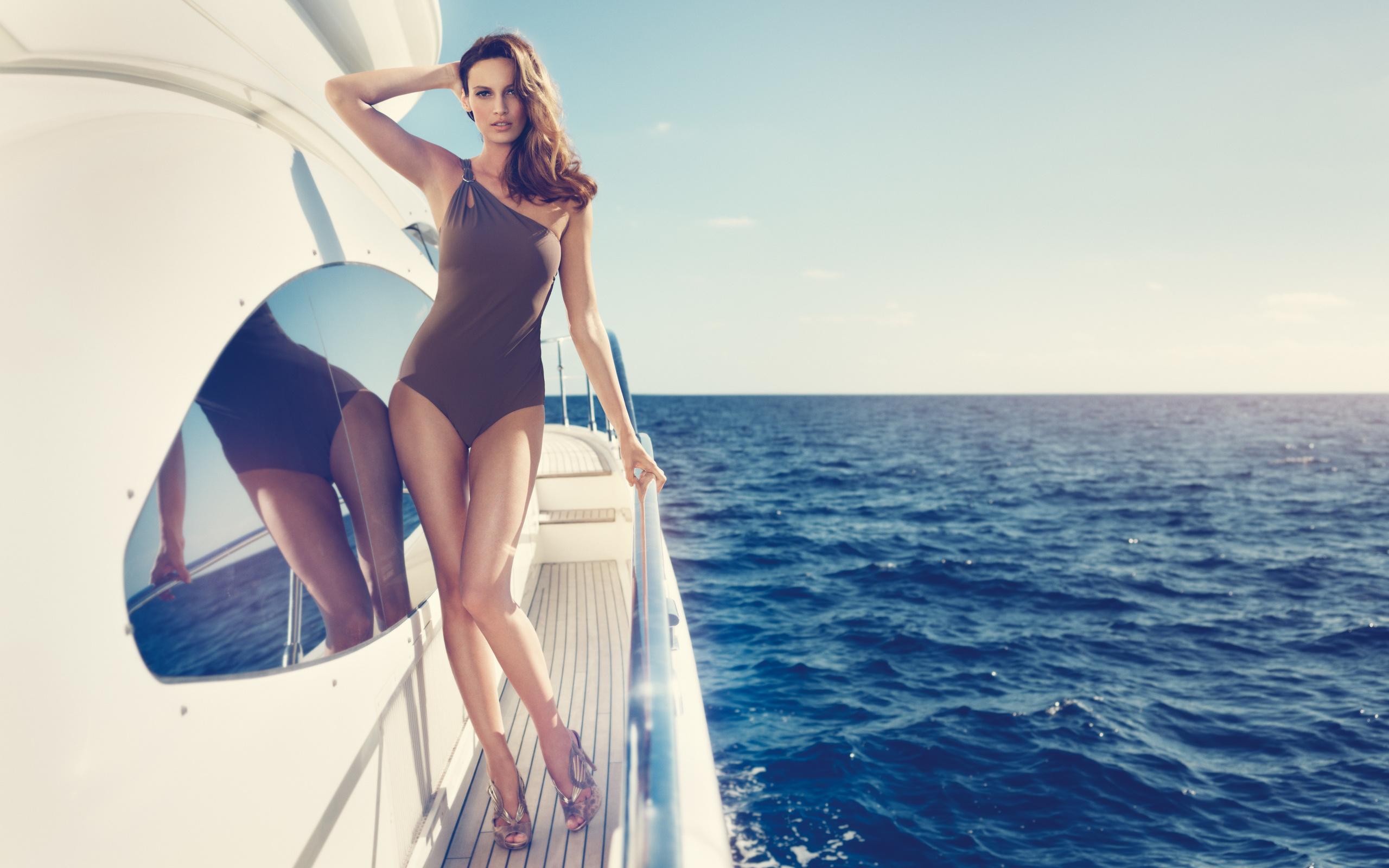 Женщина на яхте картинки фото, оральный секс фото онлайн
